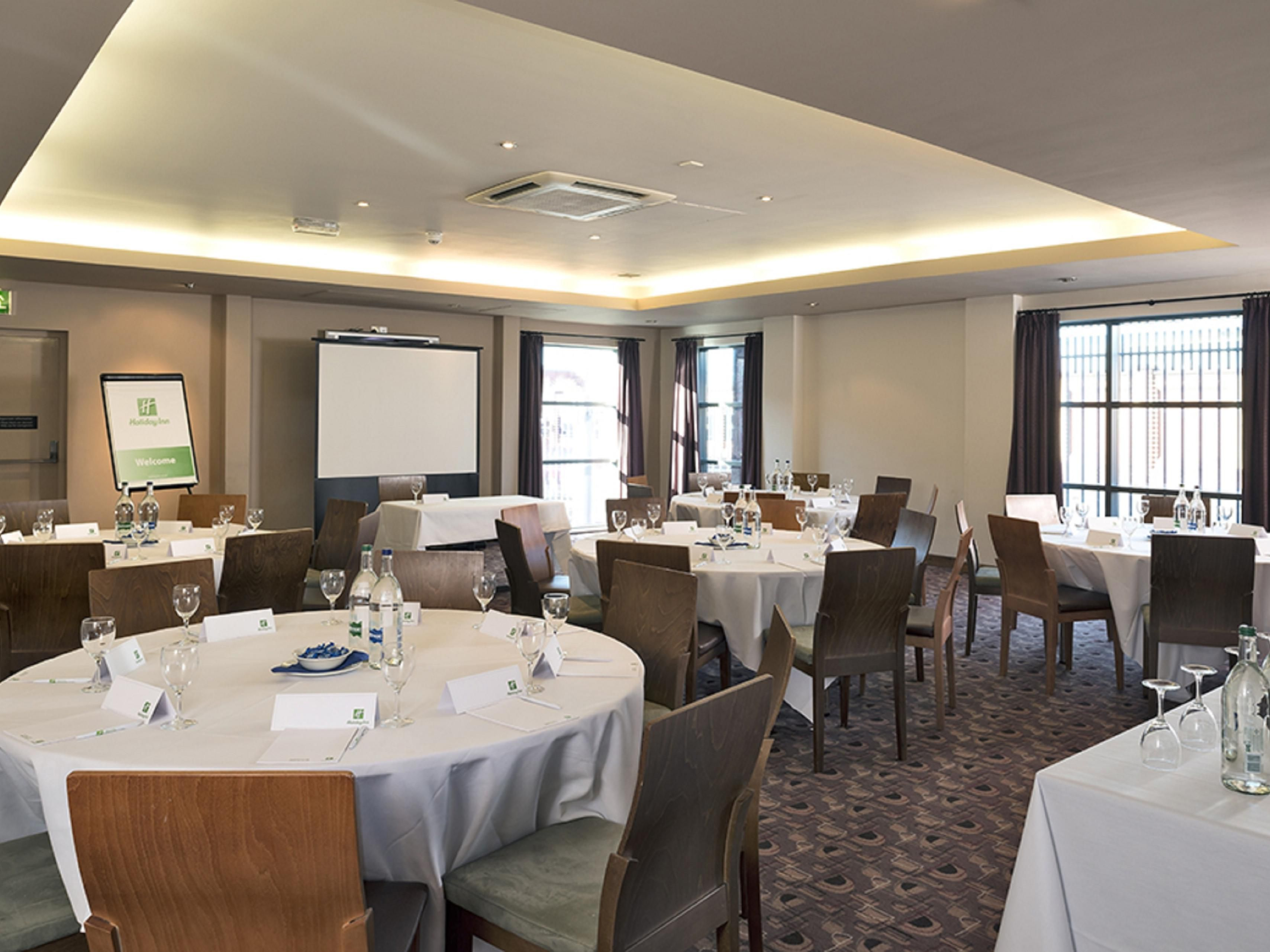 Ken Barnes Suite can accommodate up to 100 delegates