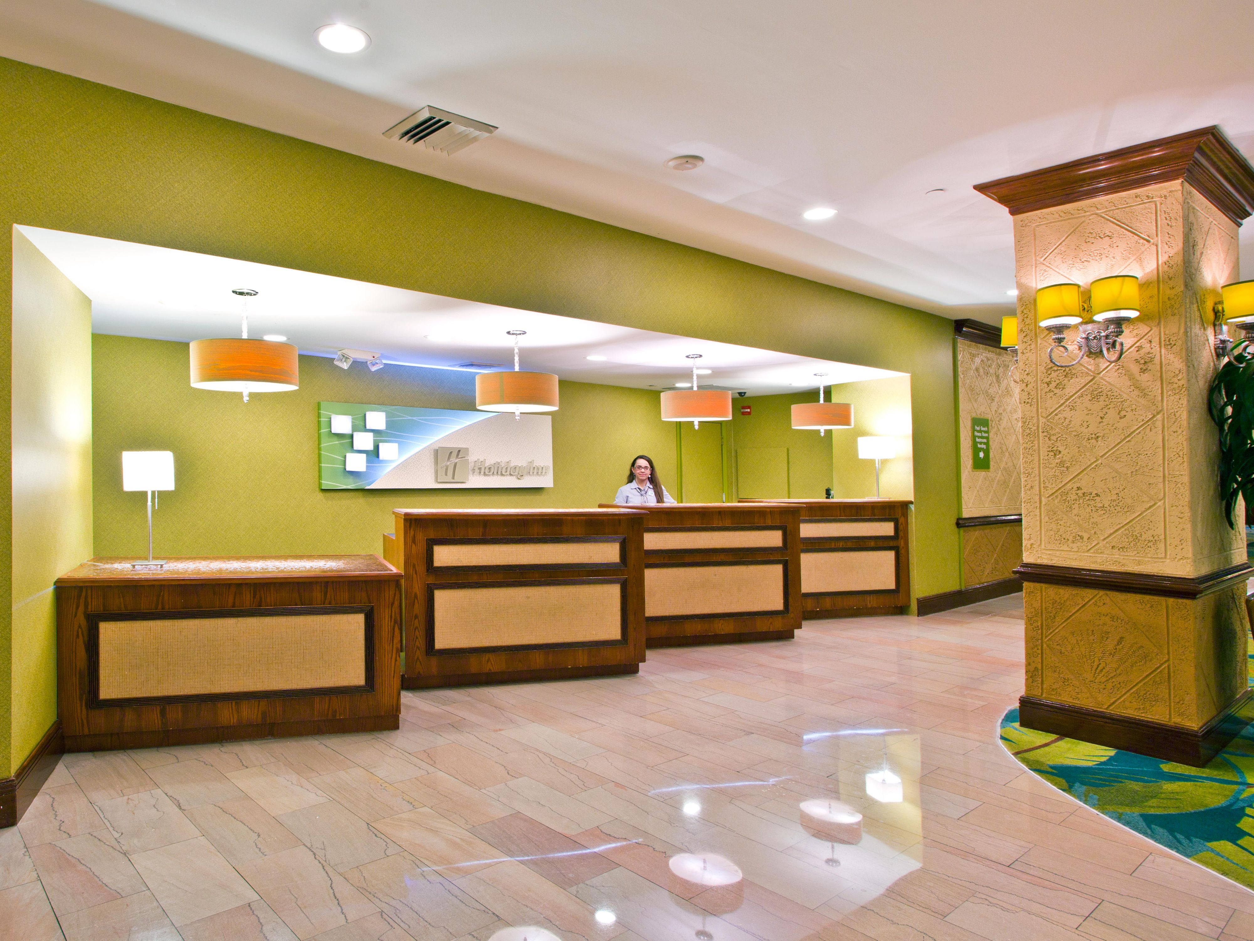 Holiday Inn Miami Beach Oceanfront Reception Desk