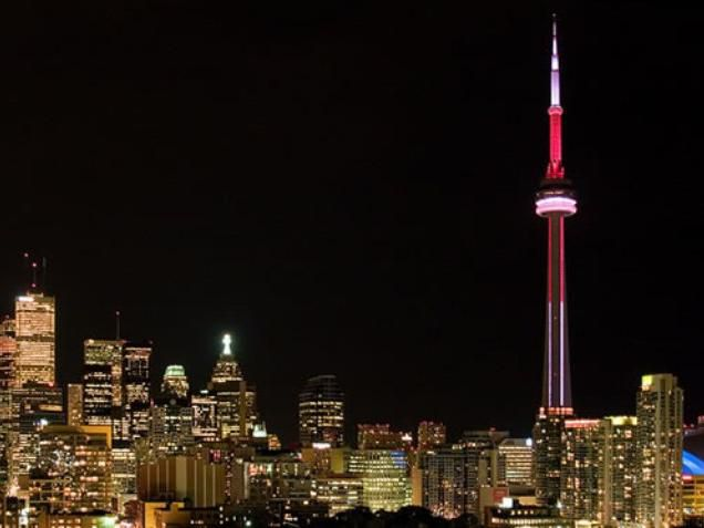 Area Attractions - CN Tower