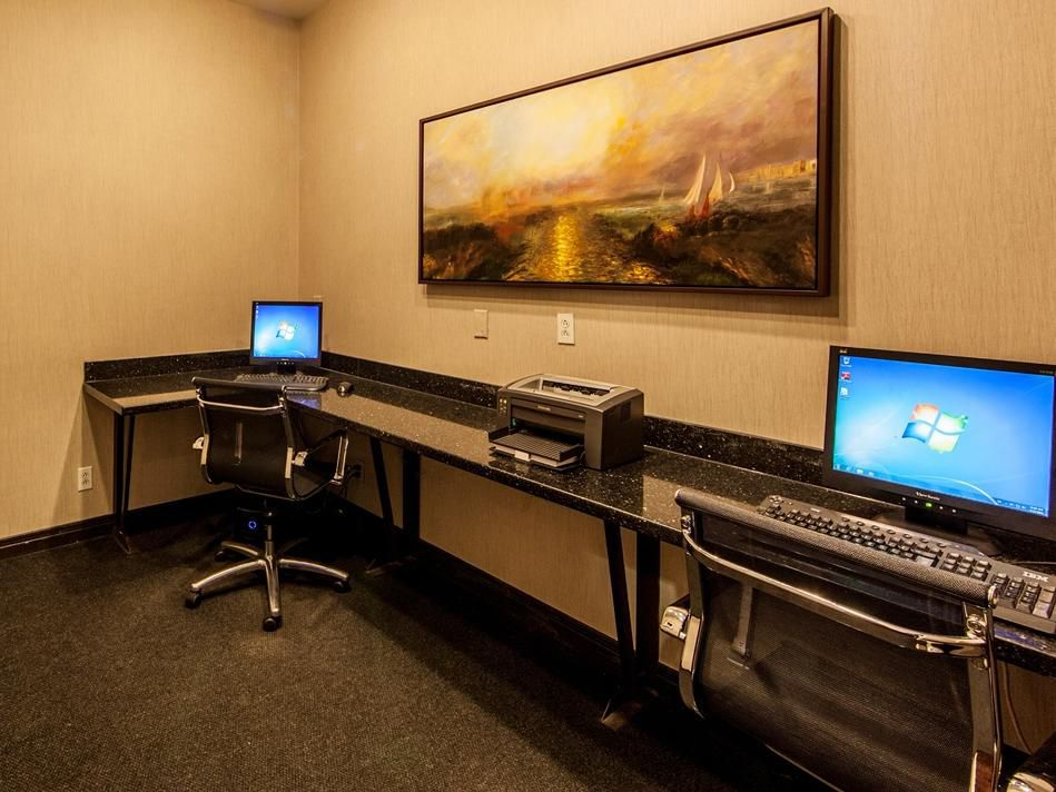 Email, internet, printer: it's all here is our 24H business center