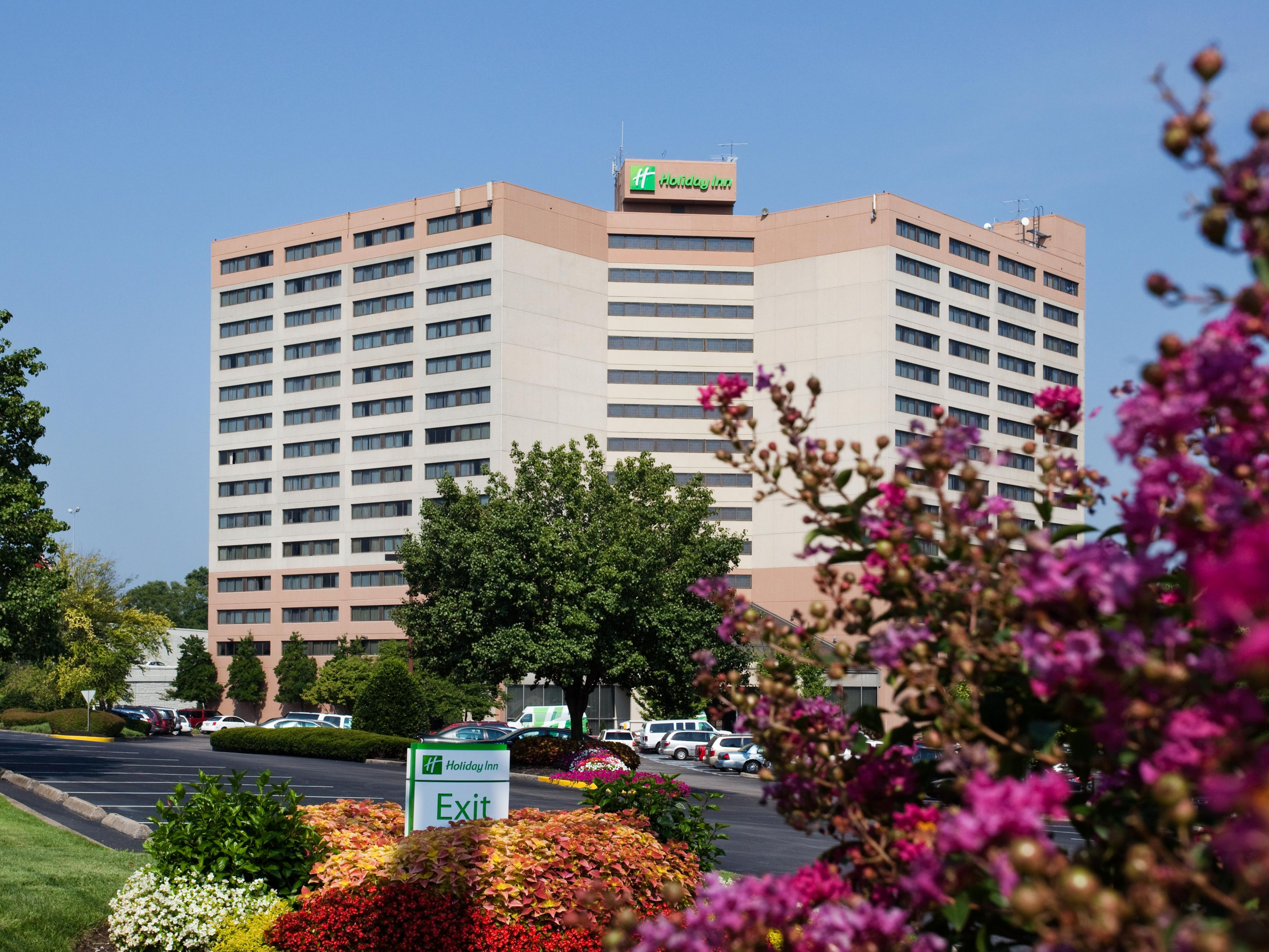 Holiday Inn Nashville Airport Exterior