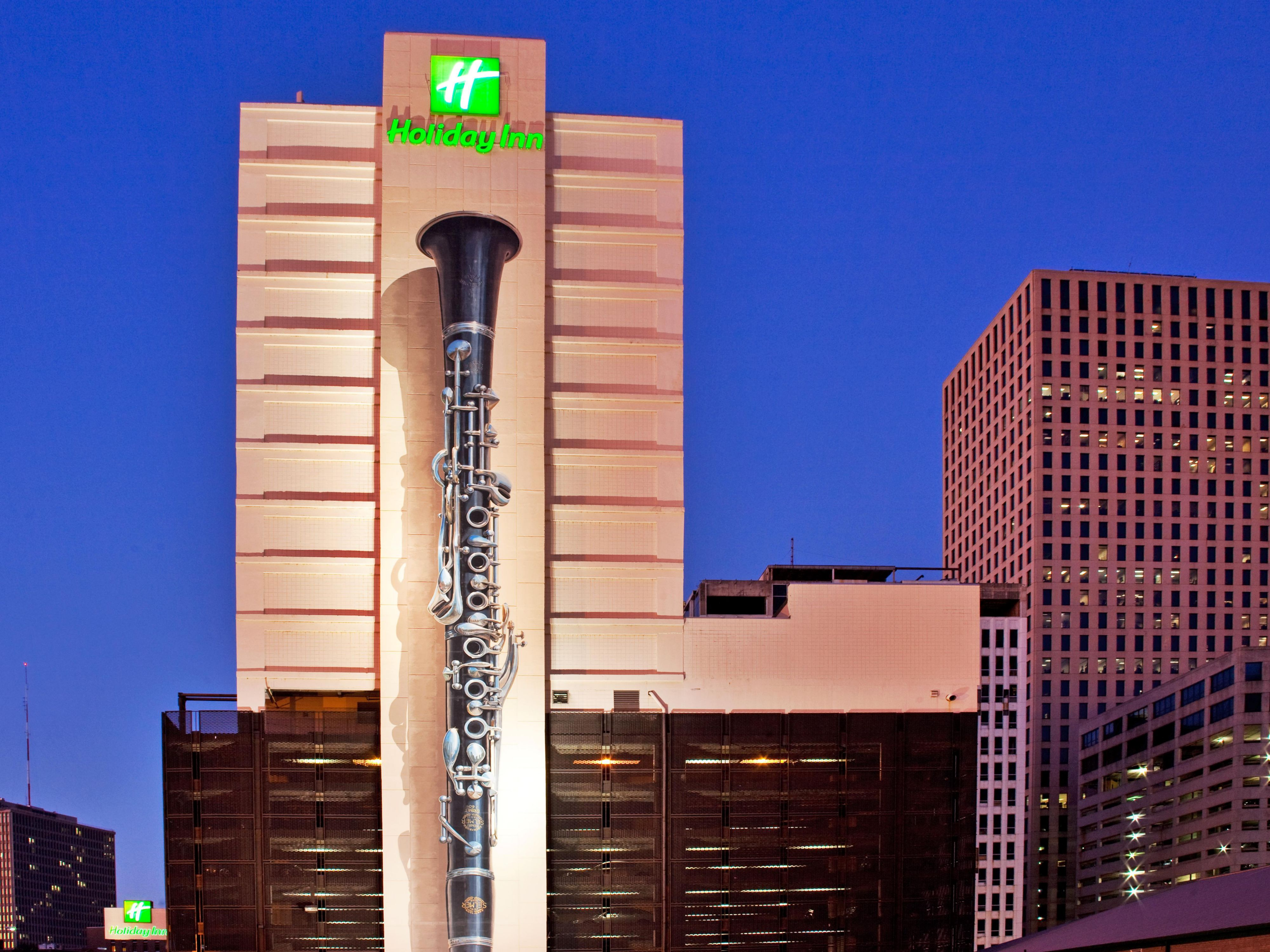 Holiday Inn near the Mercedes Benz Superdome