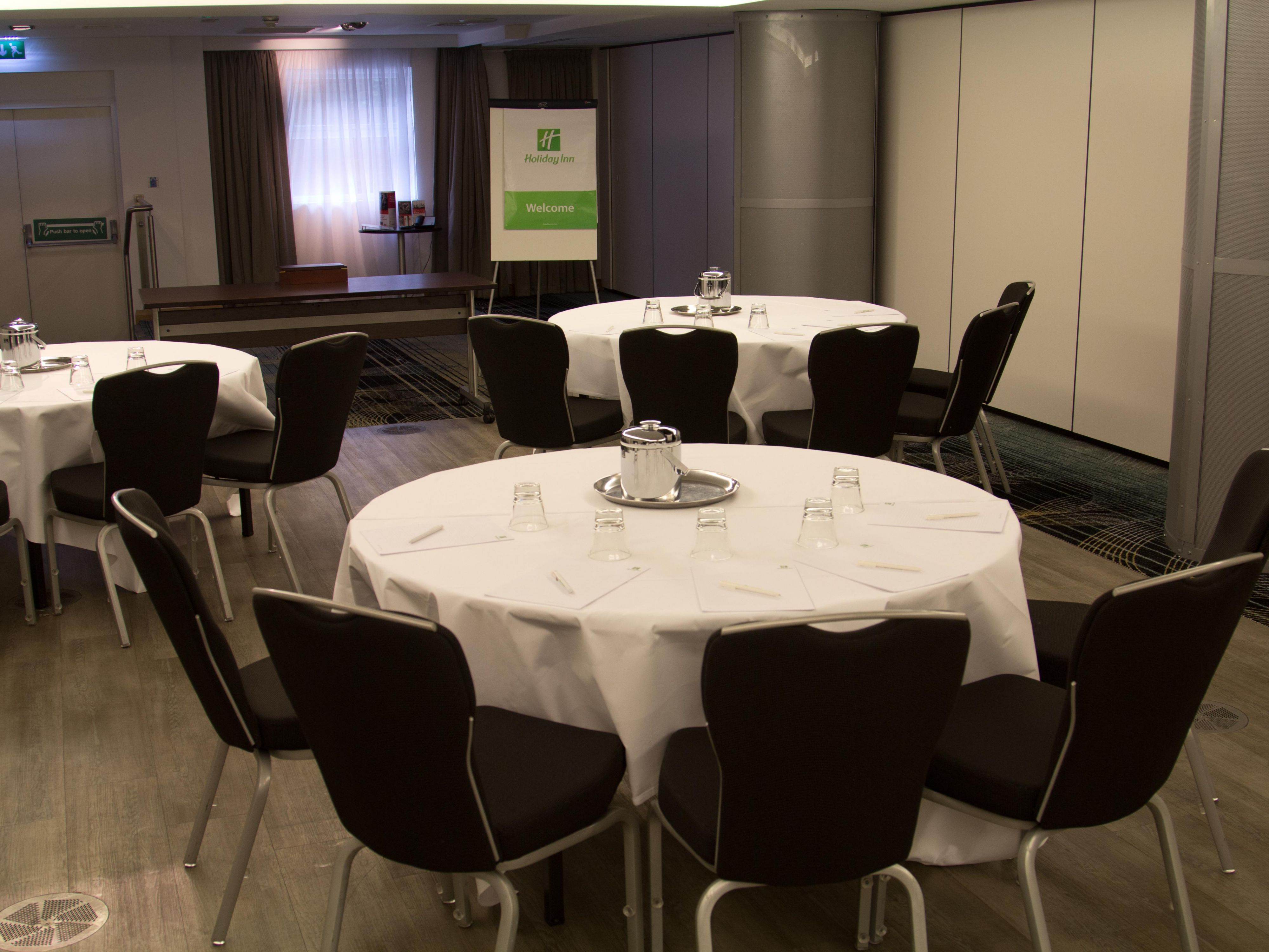 Cabinet Style Meeting Room at the Holiday Inn Newcastle Jesmond