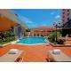 Swimming Pool at the Hotel Holiday Inn at the Panama Canal