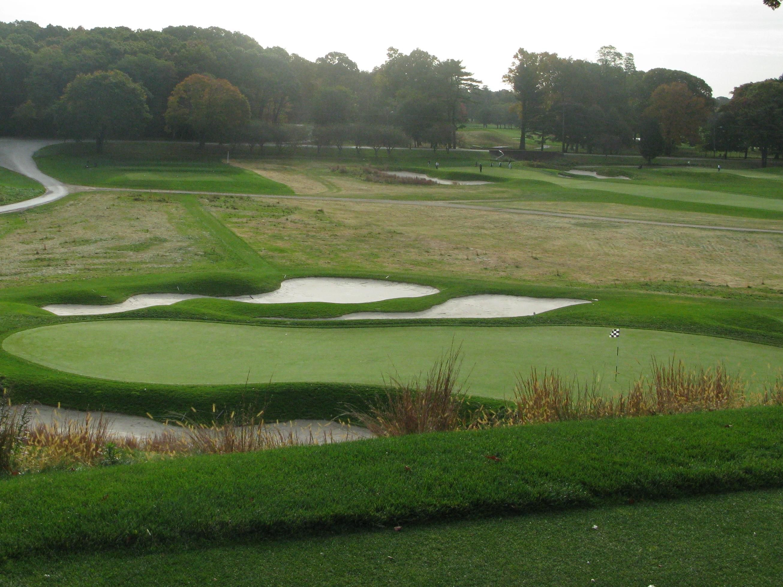 Golfing is just 10 minutes away at the Bethpage Golf Course