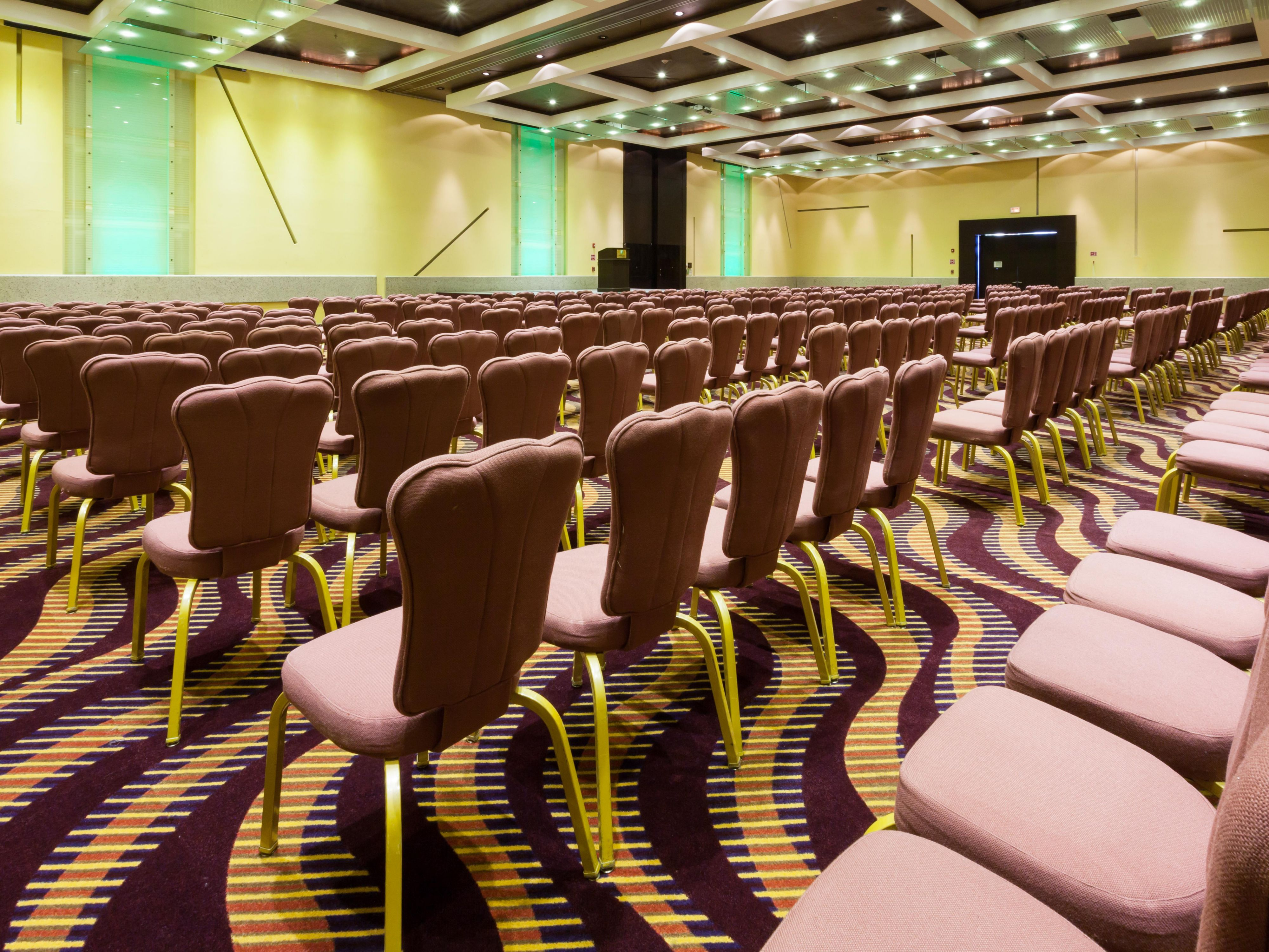 Attend a seminar in our spacious Picasso Auditorium