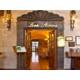 Los Arcos Restaurant. International and Querertaro´s Food.