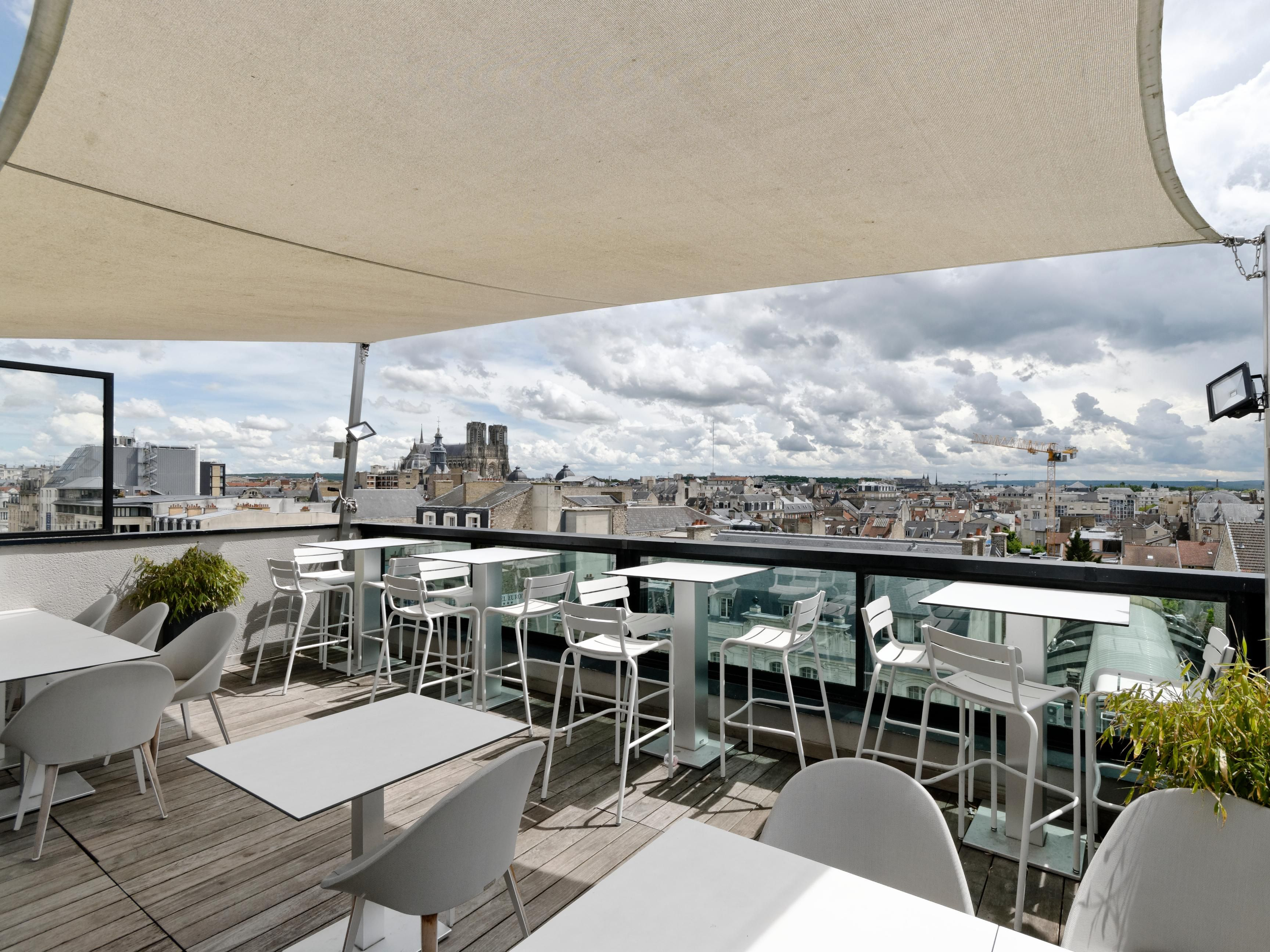 Holiday Inn Reims - City Centre Hotel by IHG