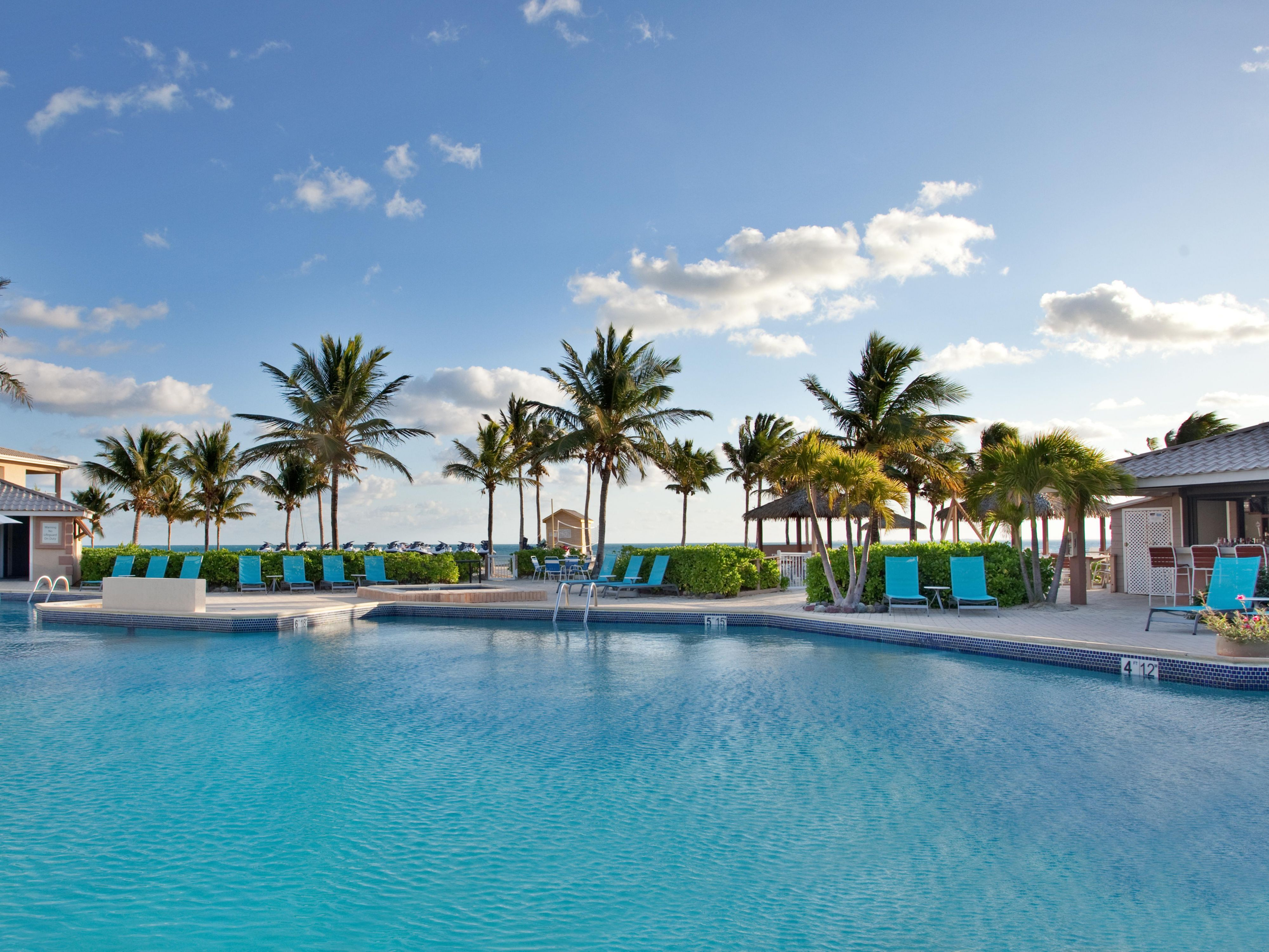 Swimming Pool at the Holiday Inn Grand Cayman