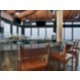 Bar y salón