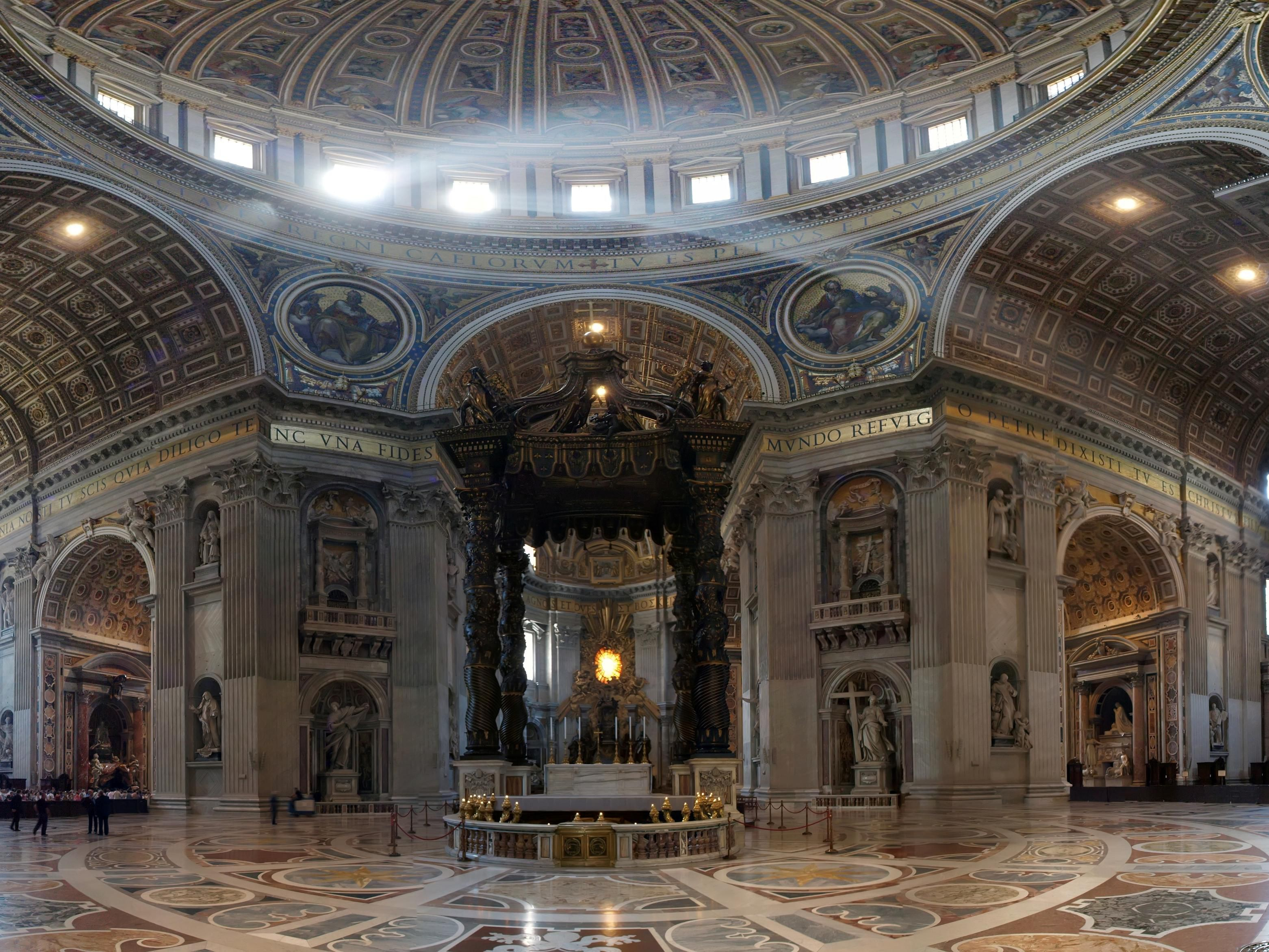 The Vatican Altar in San Peter's Cathedrale