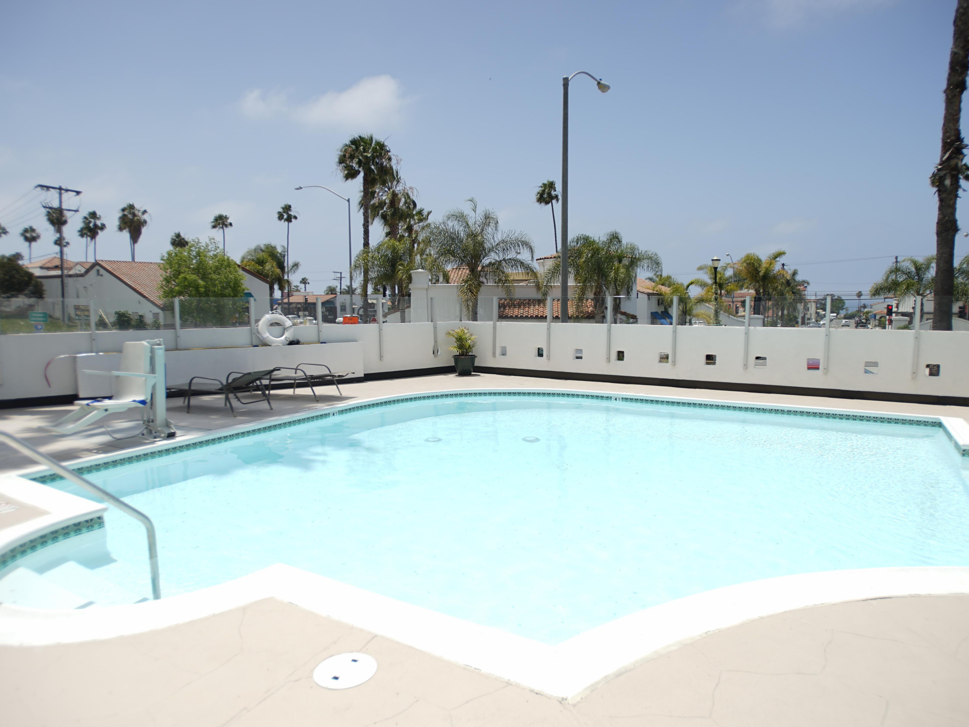 Swimming Pool at the Holiday Inn San Clemente Hotel