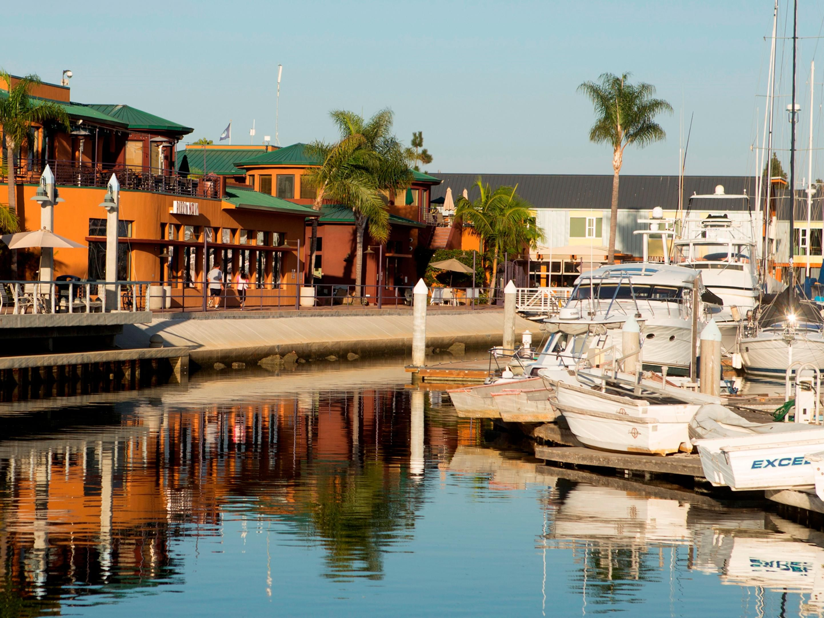 Walk to dining and sport fishing marinas across from the hotel