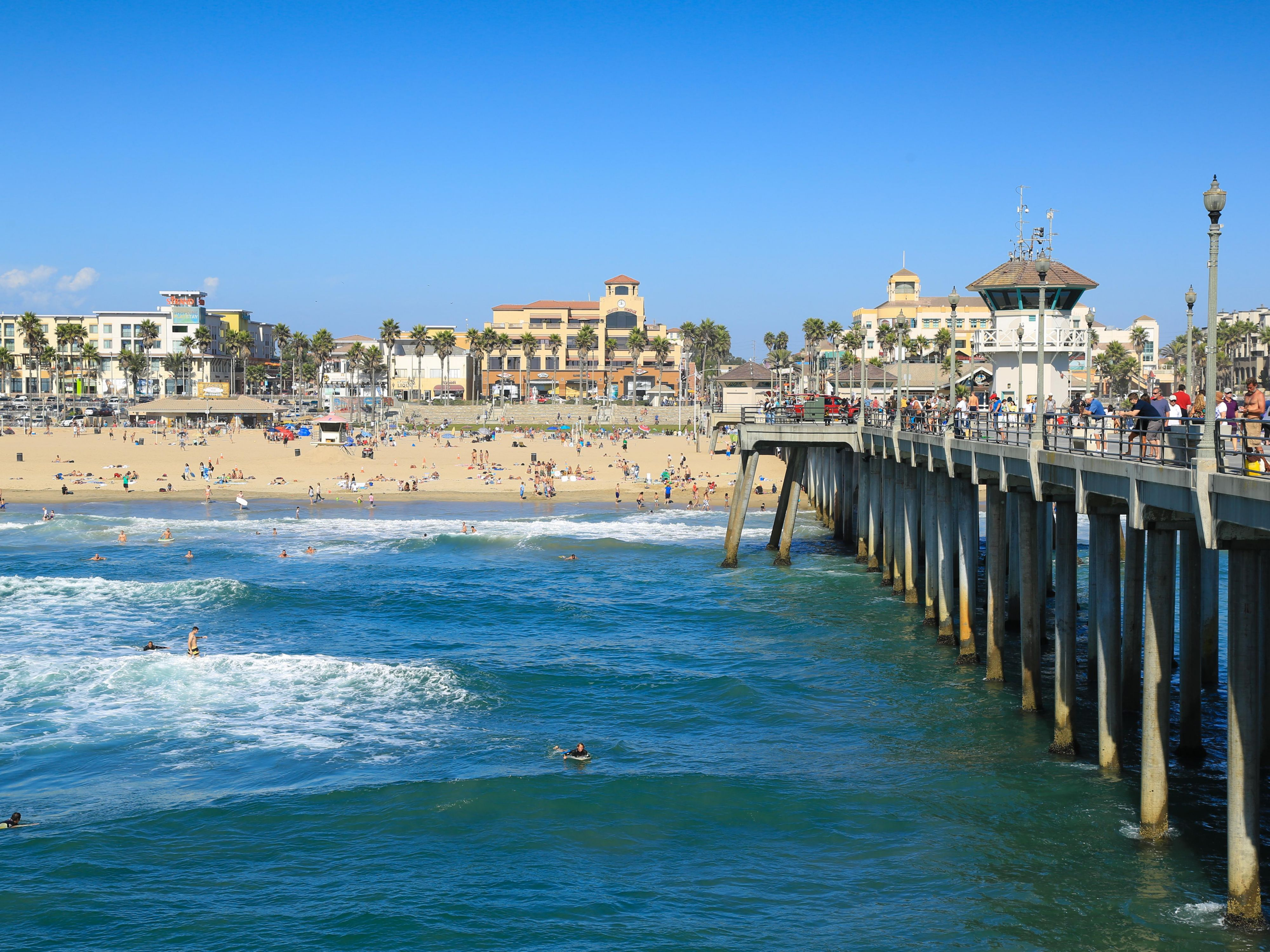 Our Santa Ana hotel is just a short drive to Huntington Beach pier