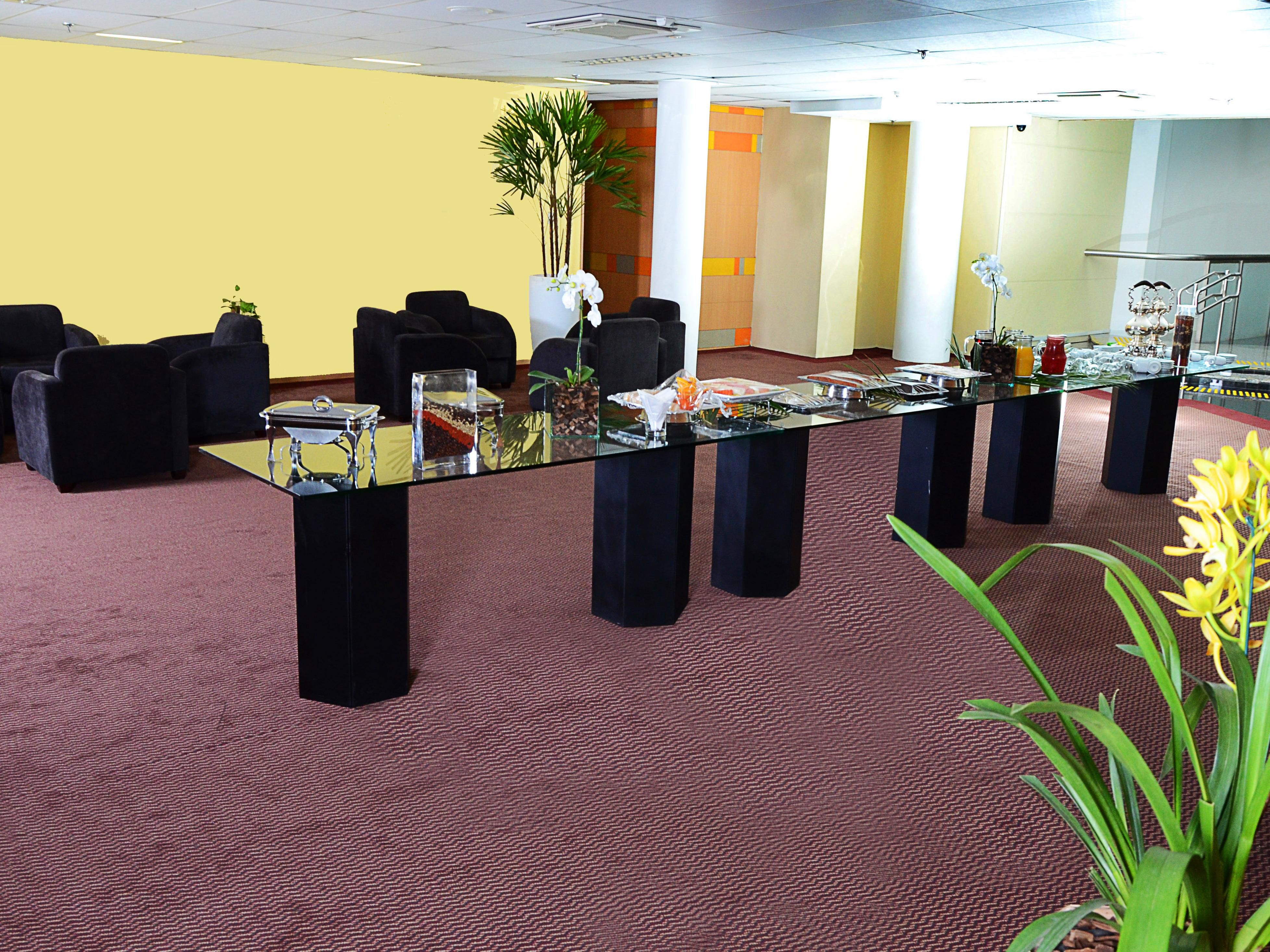 Holiday Inn Parque Anhembi's Reception Area