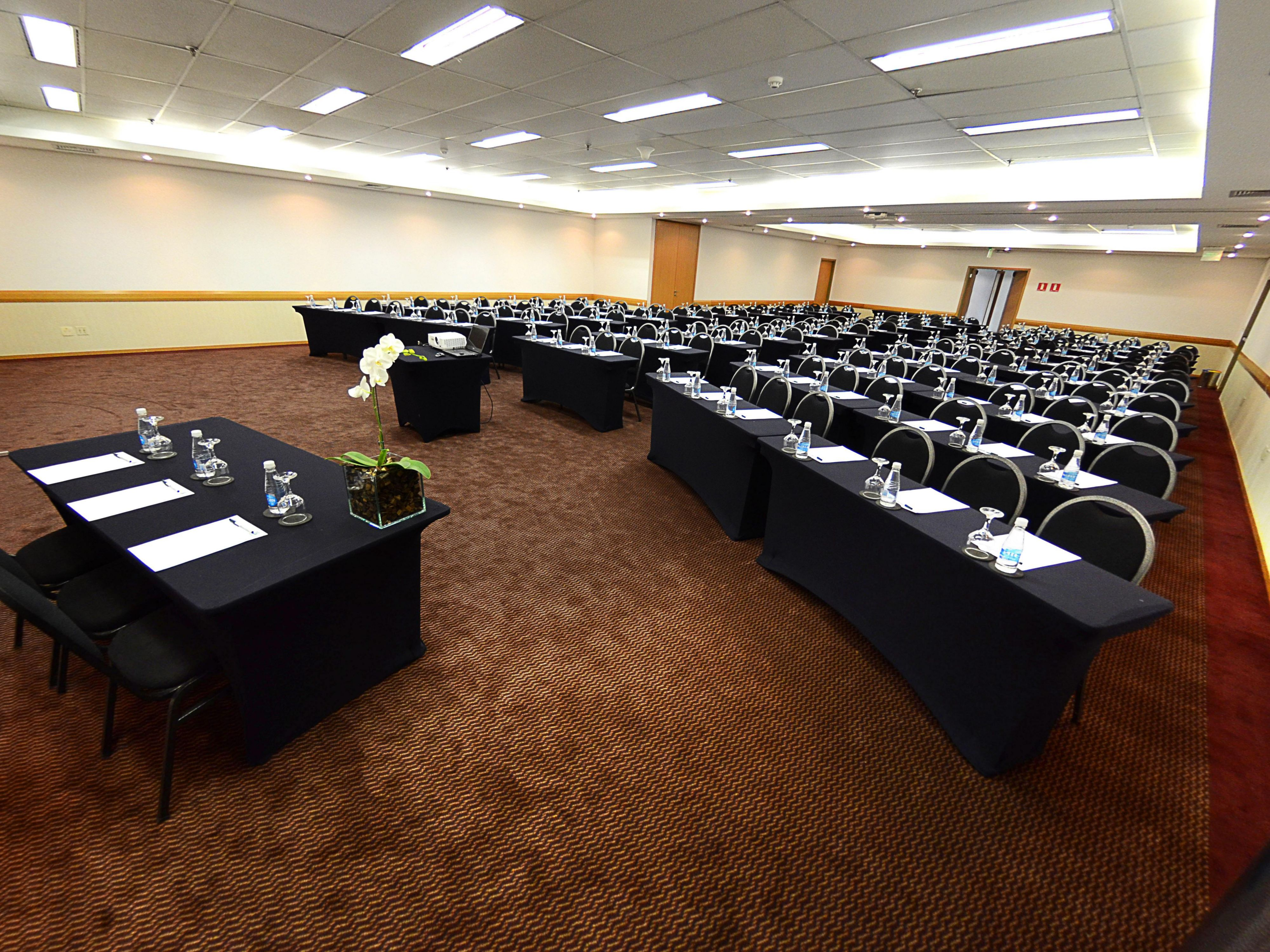 Holiday Inn Parque Anhembi's Meeting Room