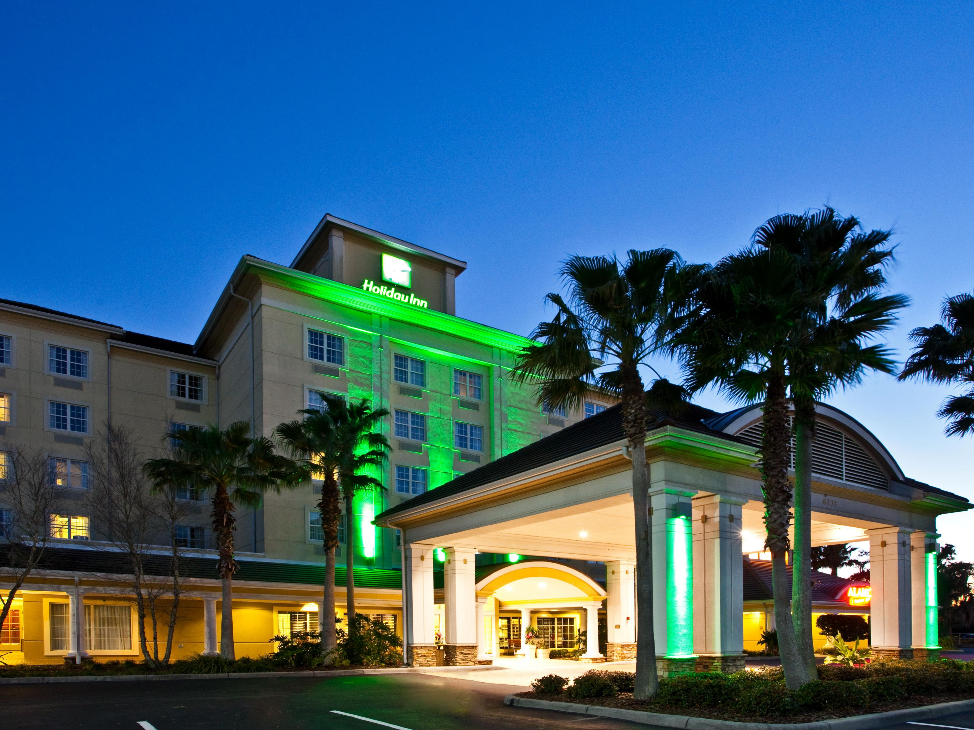 Hotel Exterior located near Lakewood Ranch Main Street Restaurants
