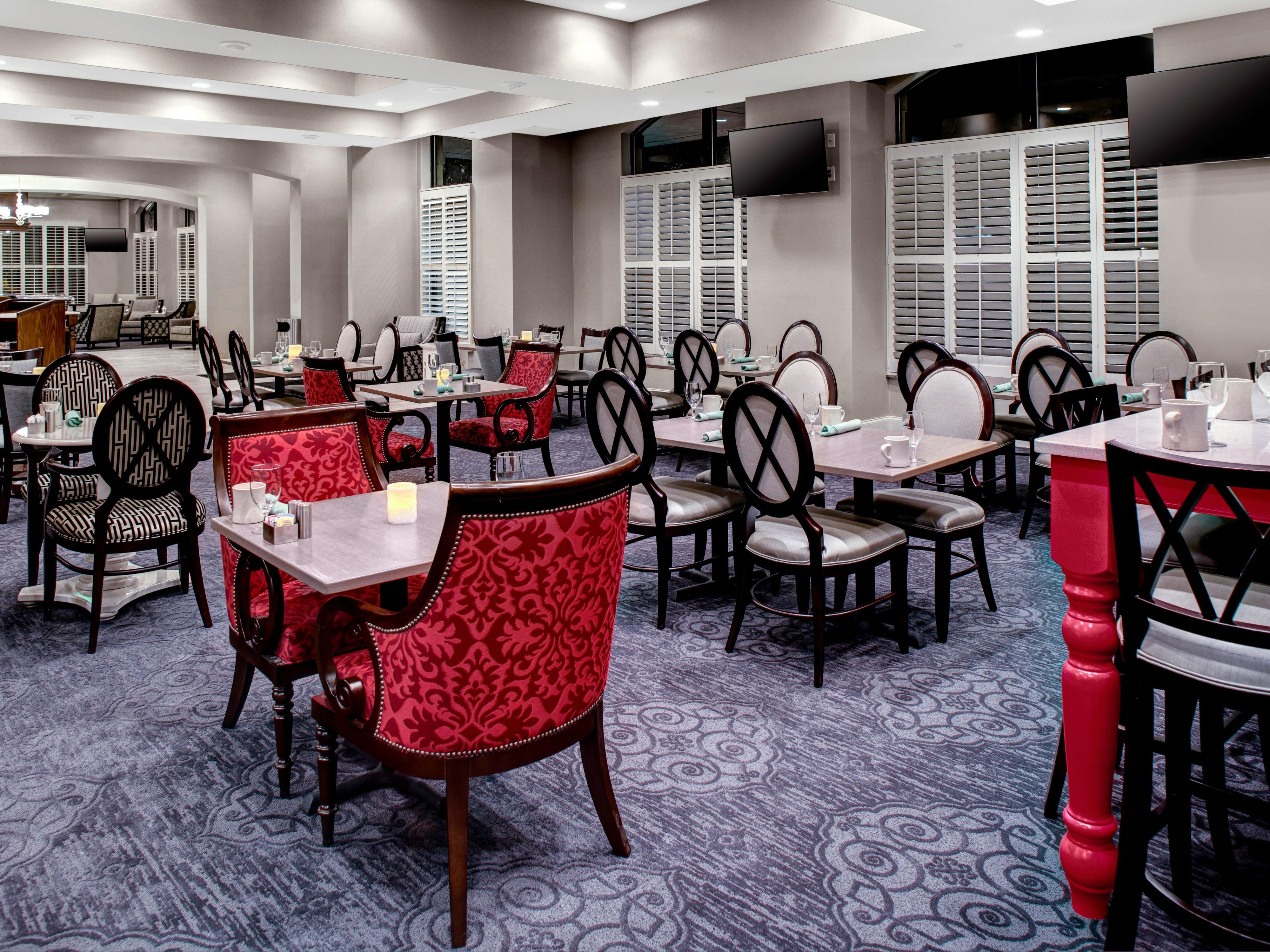 Enjoy a great meal at our on-site restaurant, The Meeting Room