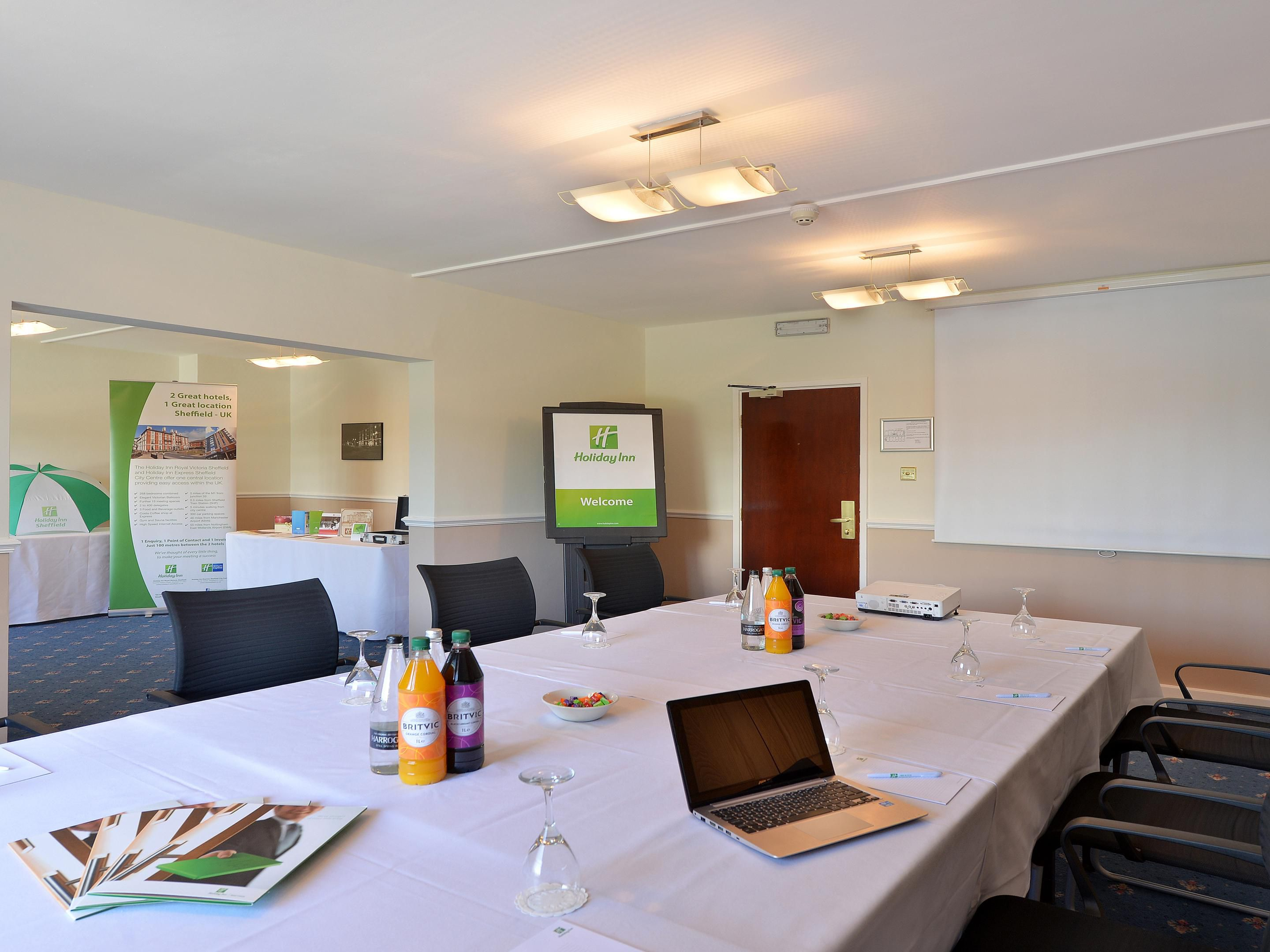 Spacious board rooms available at the Holiday Inn Royal Victoria