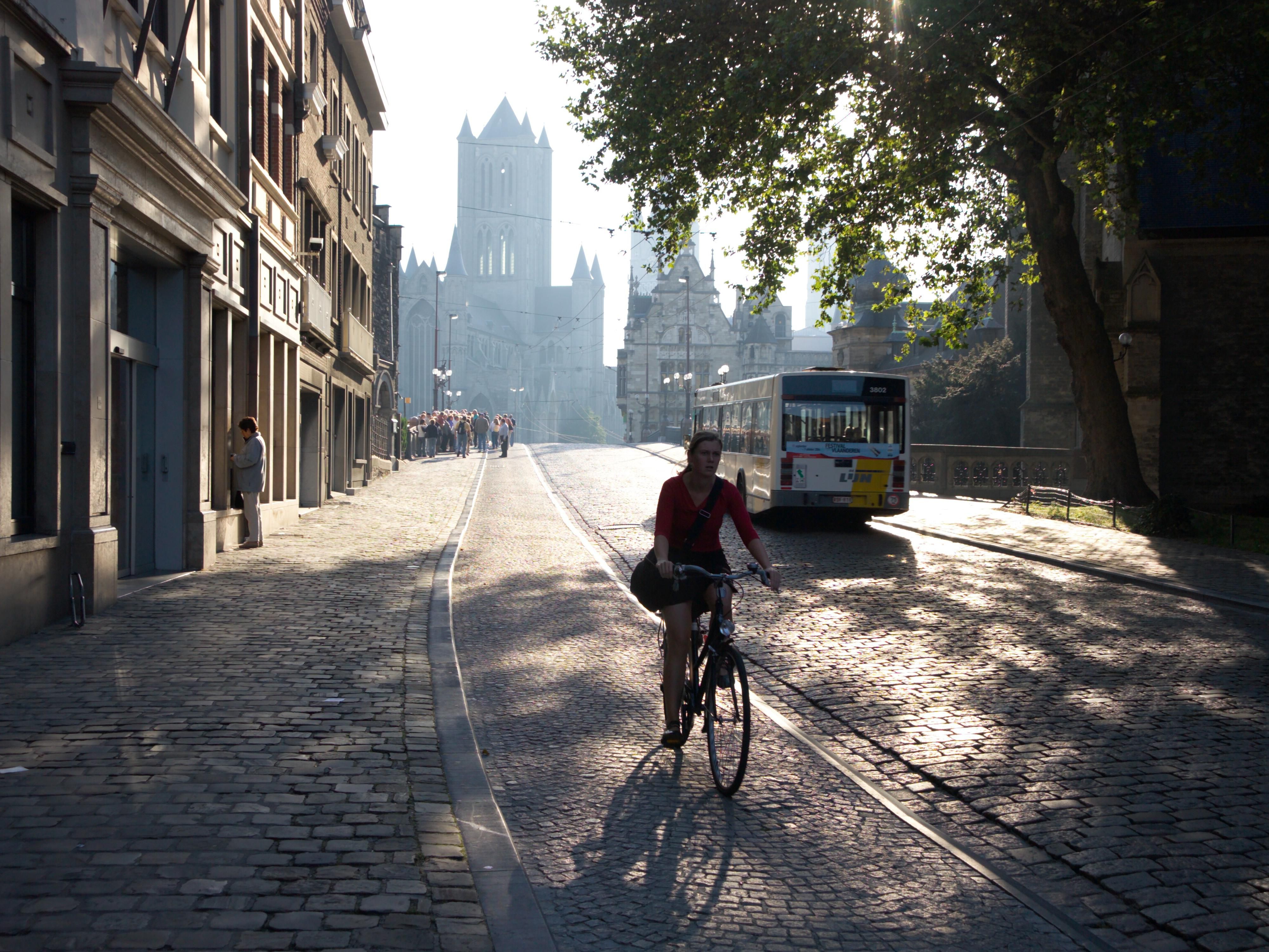 Discover Gent by bike - Rent one at the hotel!