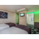 Holiday Inn Sittingbourne Accessible Twin Room