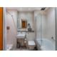 Holiday Inn Sittingbourne Executive Bathroom