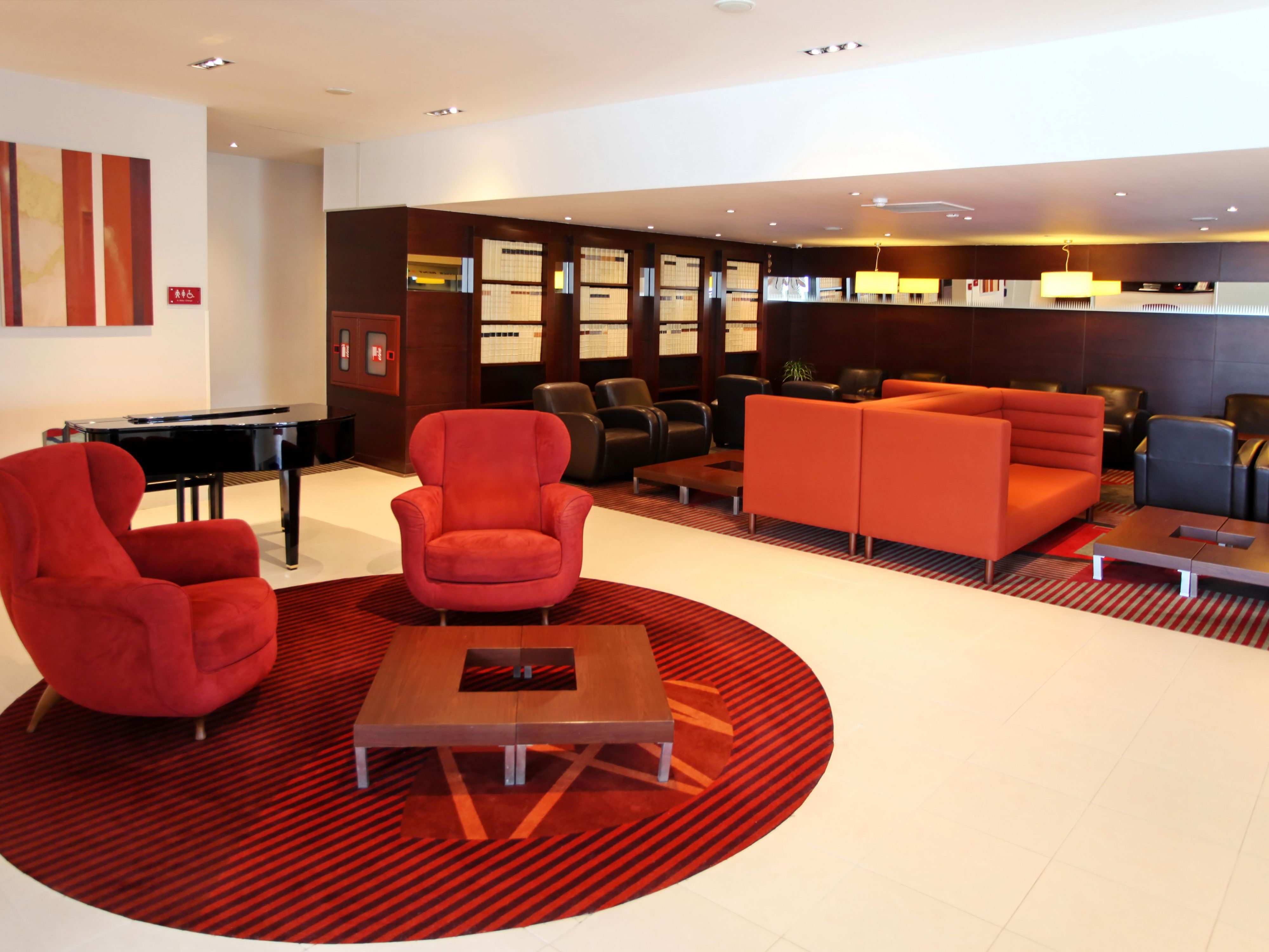 Hotel Lobby is ideal for your informal meetings