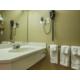 Lush linen & amenities