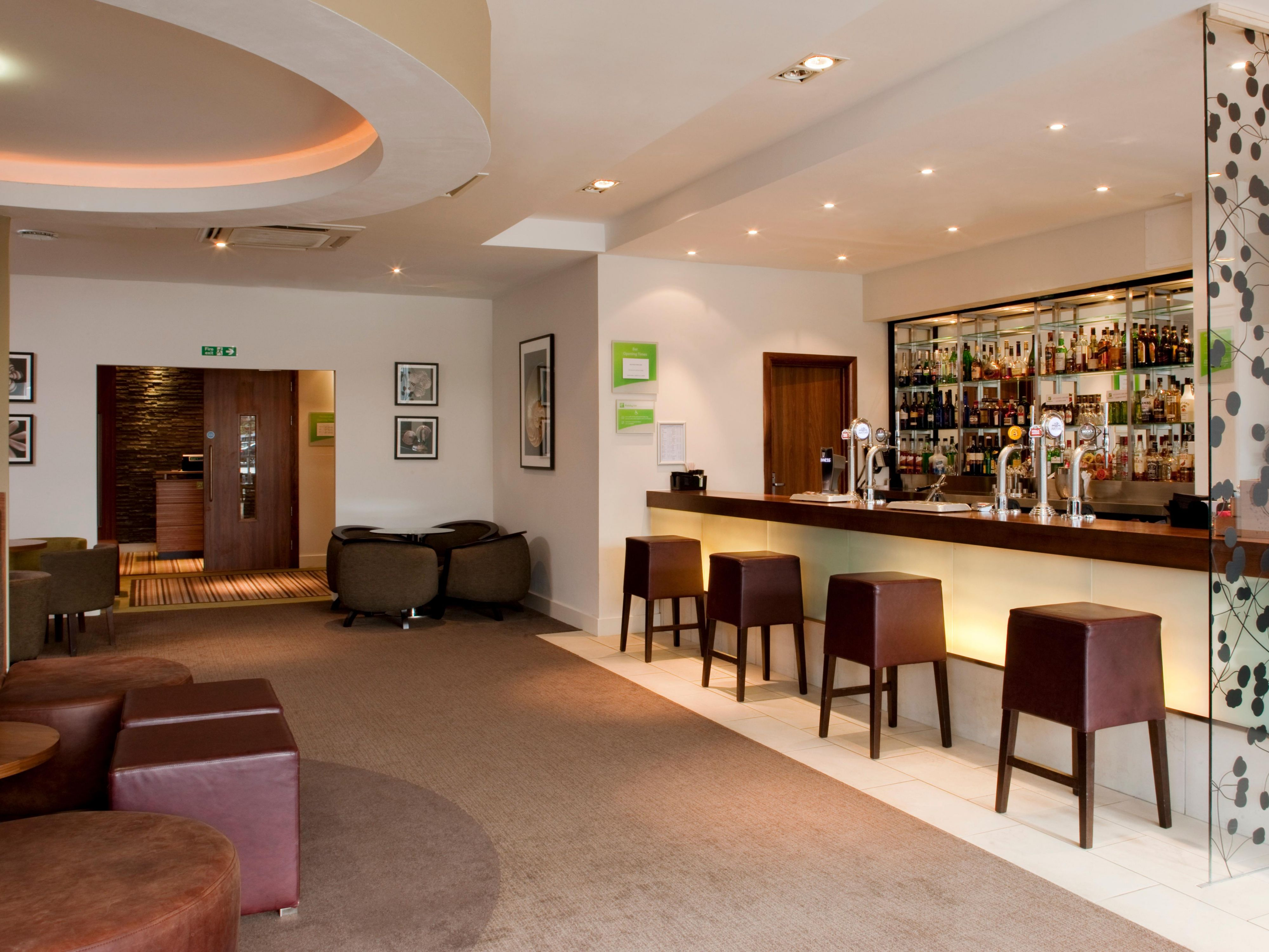 Relaxing, informal, Destinations bar with Sky TV Sports