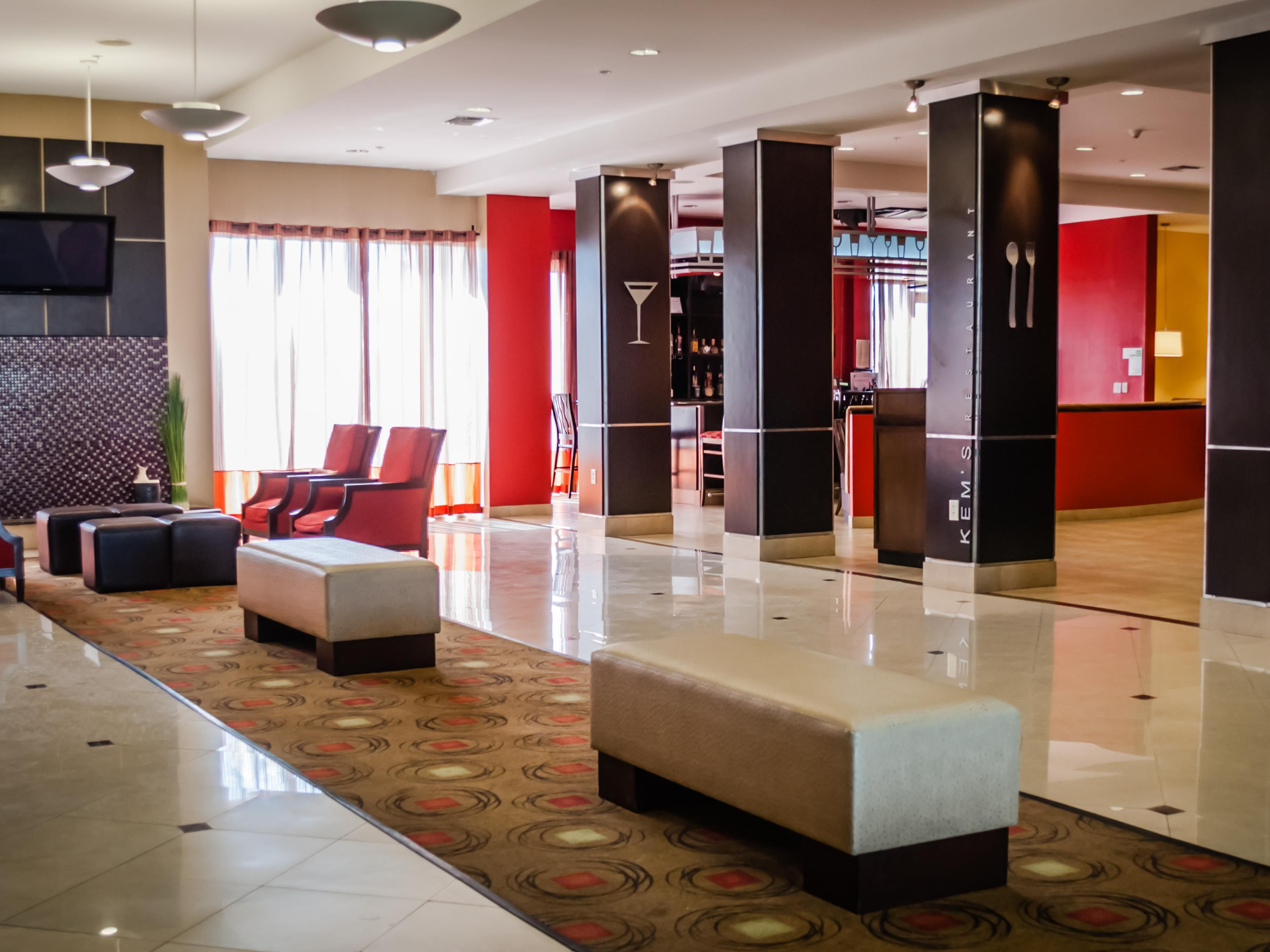 Beautiful Spacious Lobby for Socializing