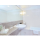 1 Bedroom Suite Bathroom with separate shower & bath