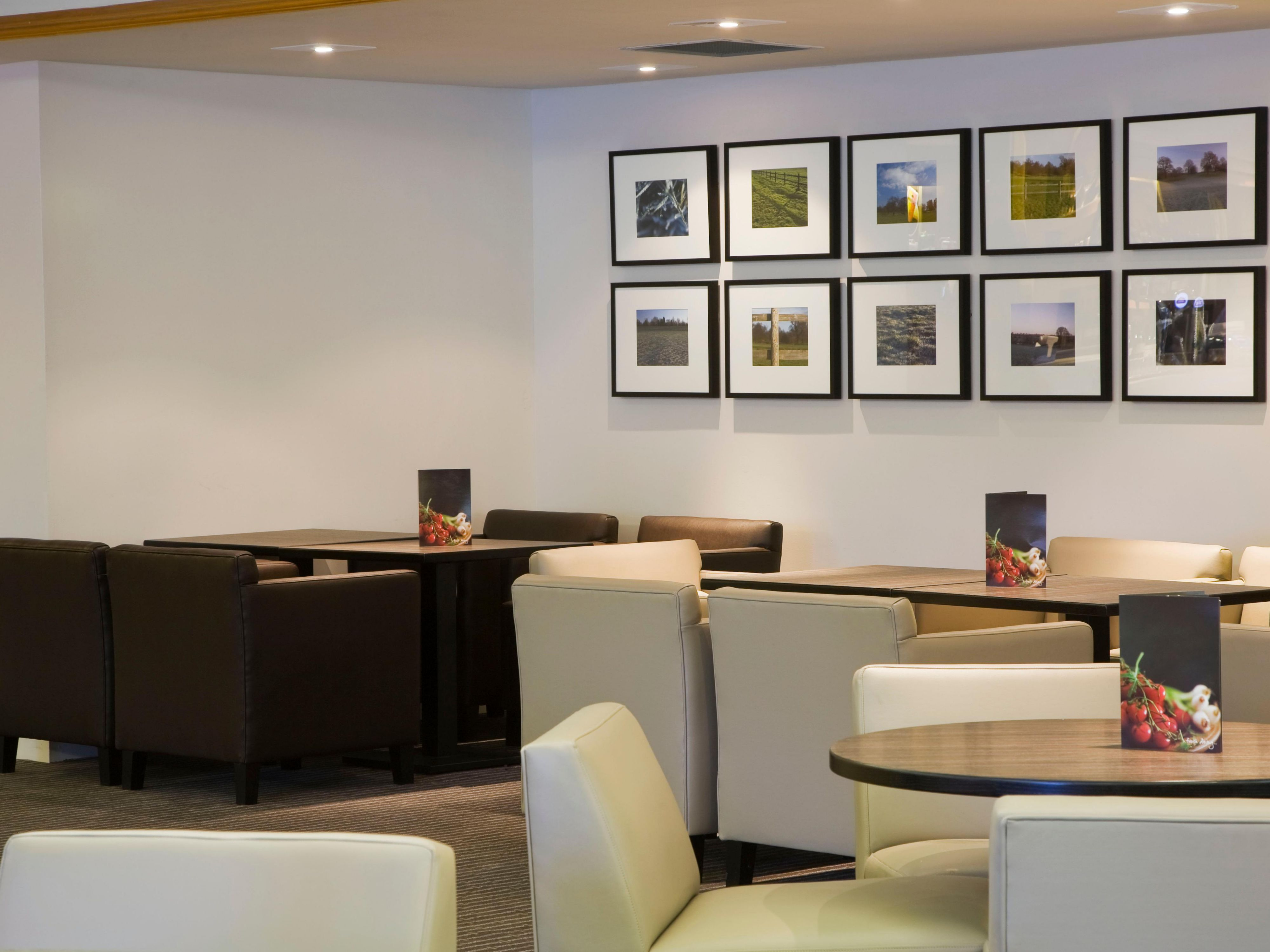 Bar and Lounge - perfect for social gatherings