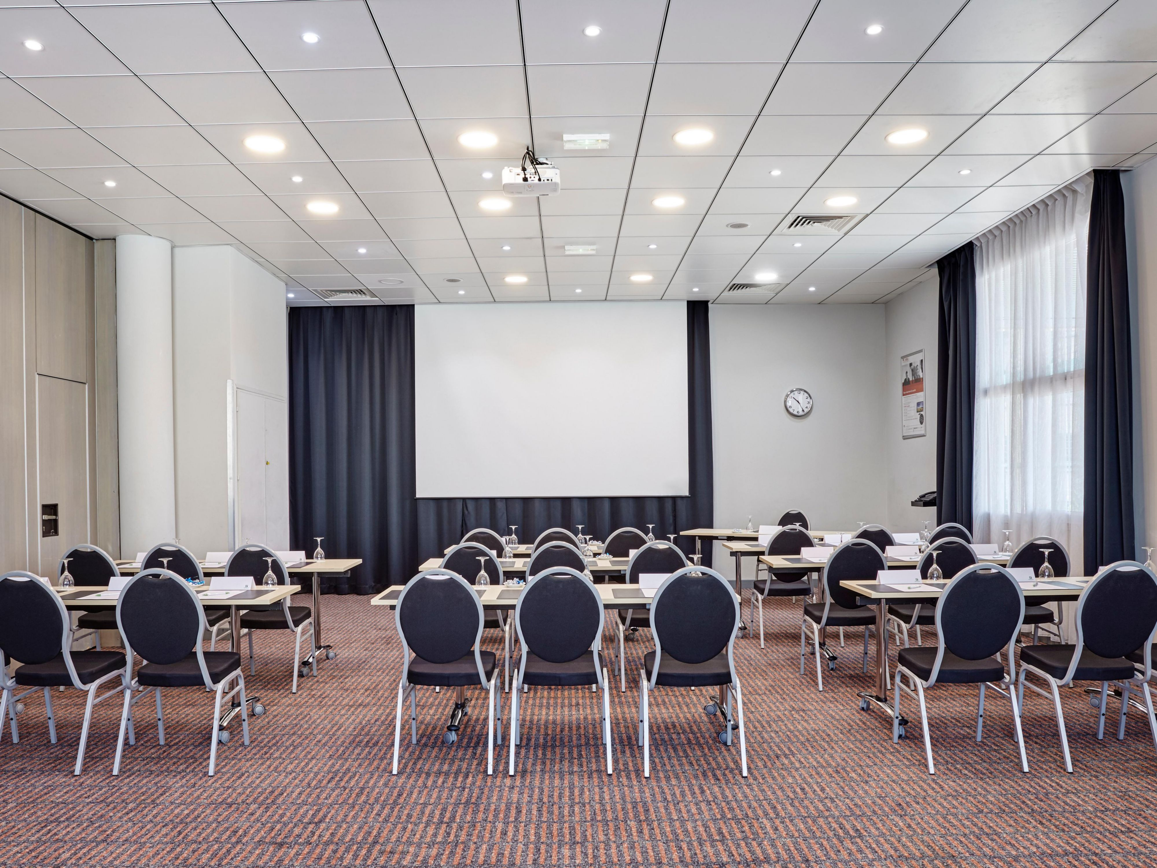Reserve our Meeting Room for your business conference