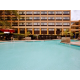 OutdooPool Holiday Inn Hotel 12 miles to Virginia Beach Ocean