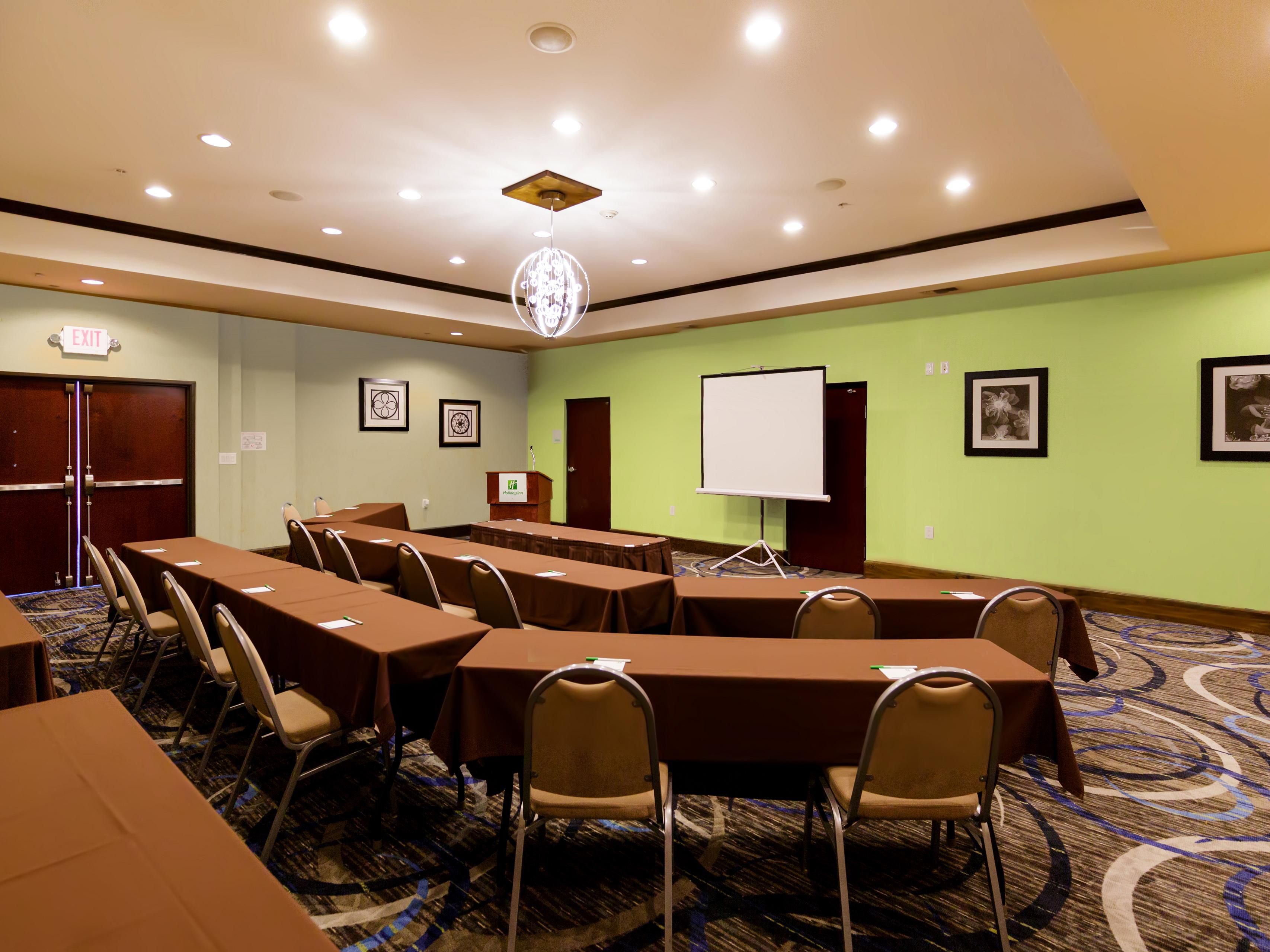 Have no stress booking a meeting at the Holiday Inn Webster