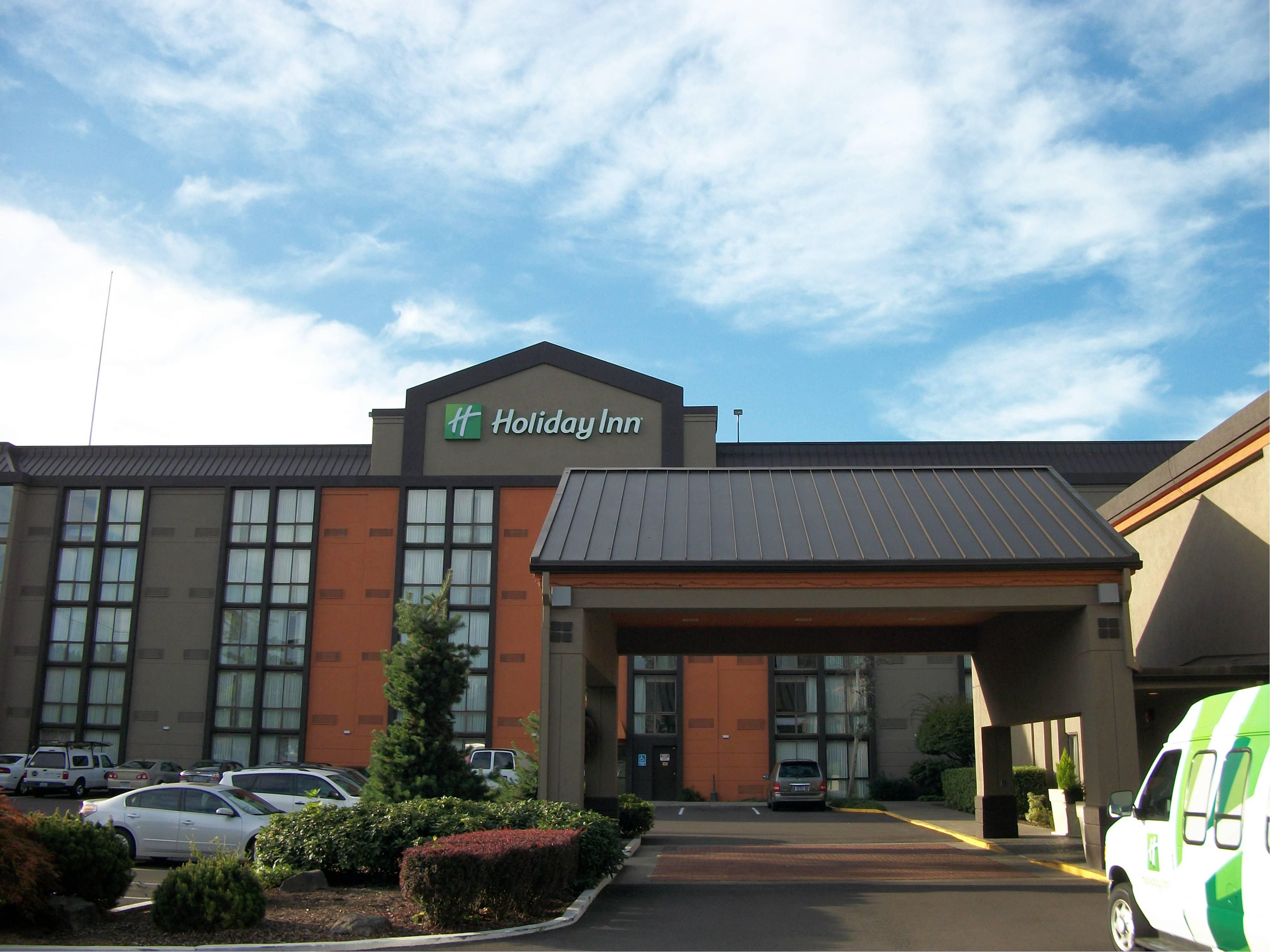 Holiday Inn Portland South/Wilsonvile Hotel Exterior
