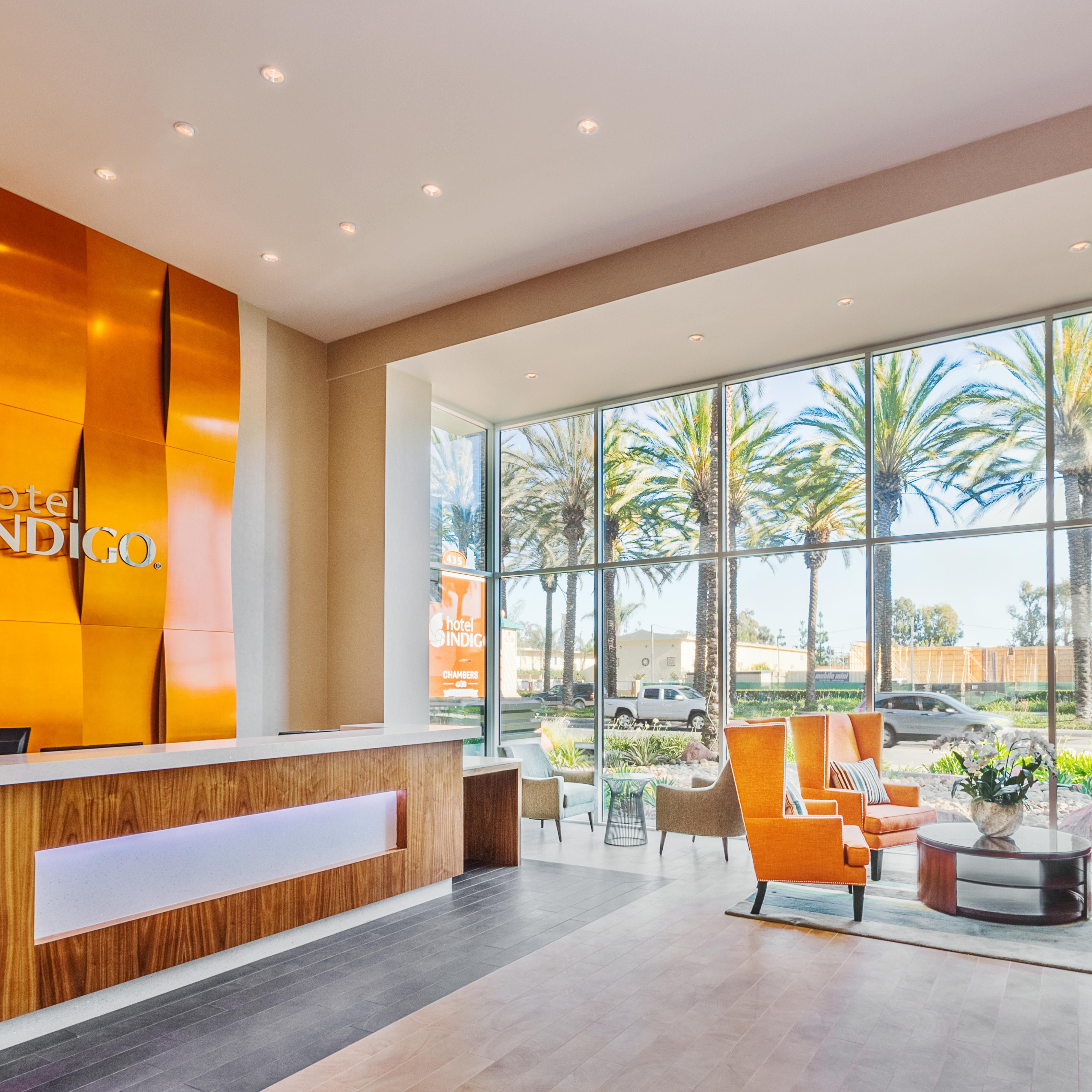 Hotel Indigo Reception