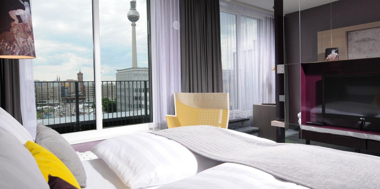 Boutique Hotels In Alexanderplatz Berlin Hotel Indigo Berlin