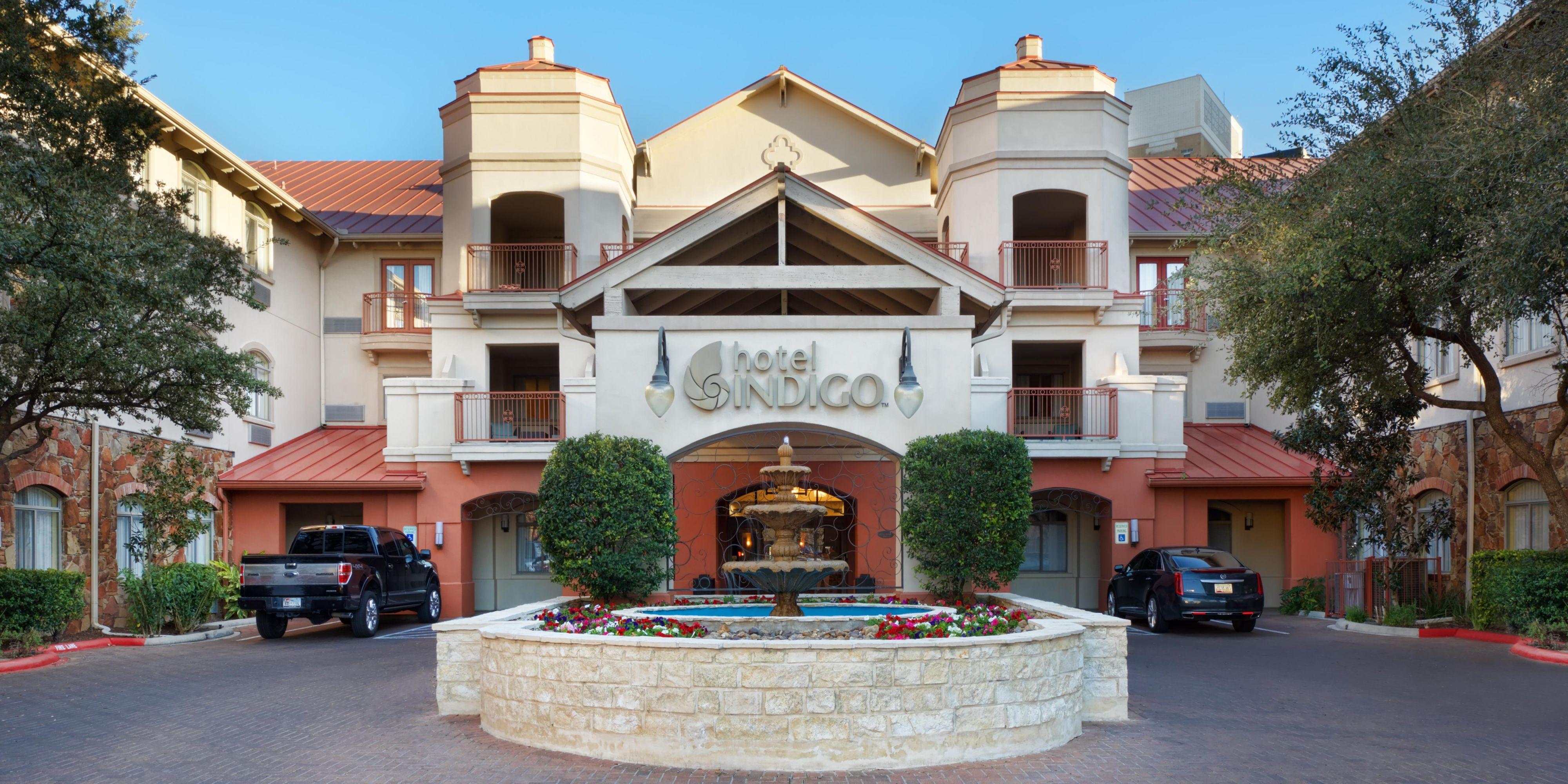 San Antonio Riverwalk Hotel | Hotel Indigo San Antonio | IHG