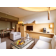 Executive Lake Geneva Suite