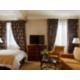 Habitación Club con cama tamaño king y acceso al Club Lounge