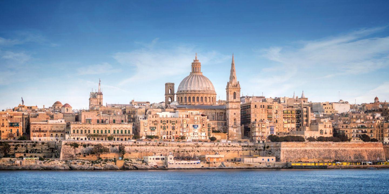 Malta luxury hotel in malta malta intercontinental for Hotels malte