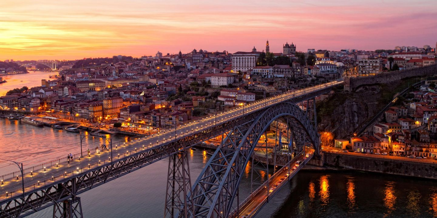 Cheap Flights from Madrid to Porto