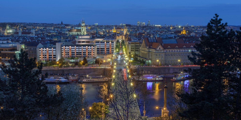 Luxury city centre hotel intercontinental hotel prague for Prague hotels