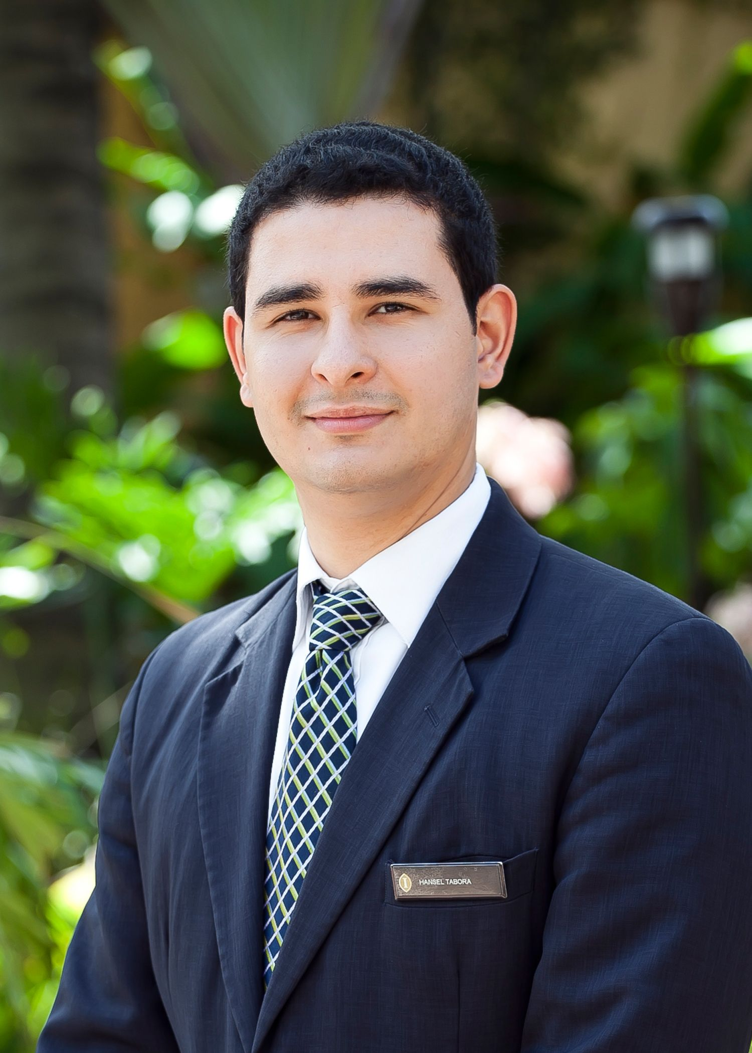 Hansel Tabora
