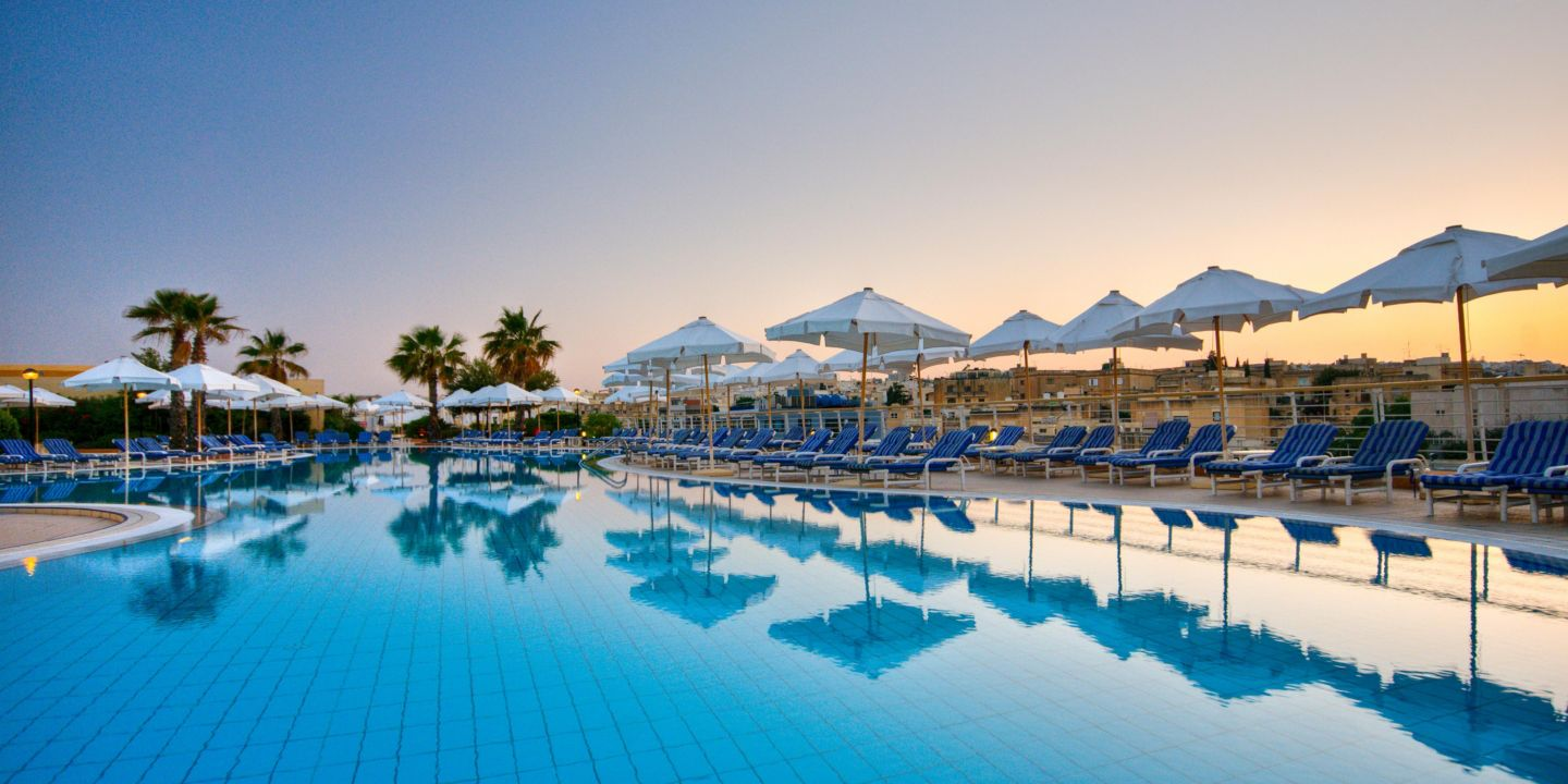 Luxury Beach Hotel With Outdoor Pool: InterContinental Malta