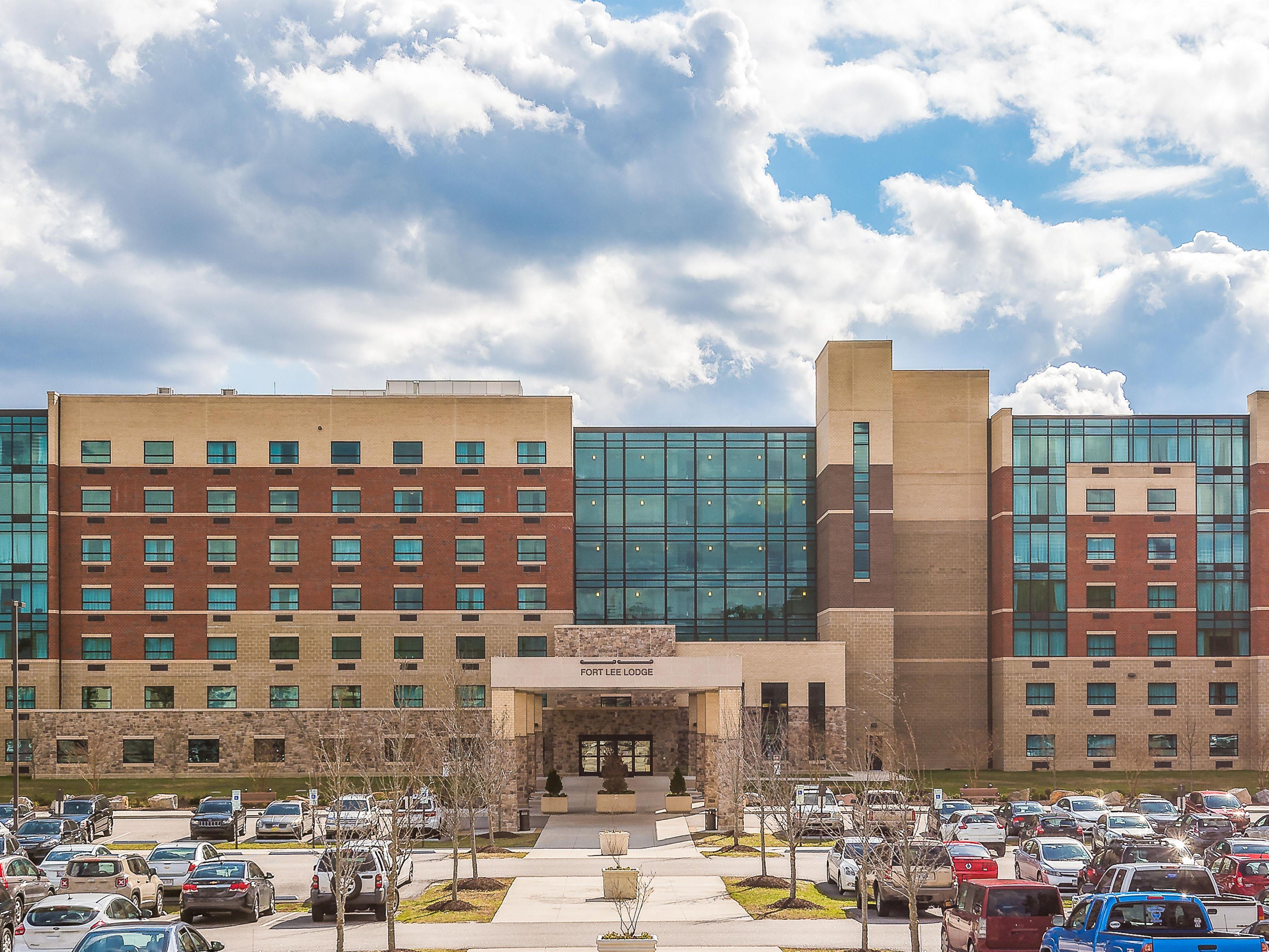 Hotels Close To Fort Lee Va