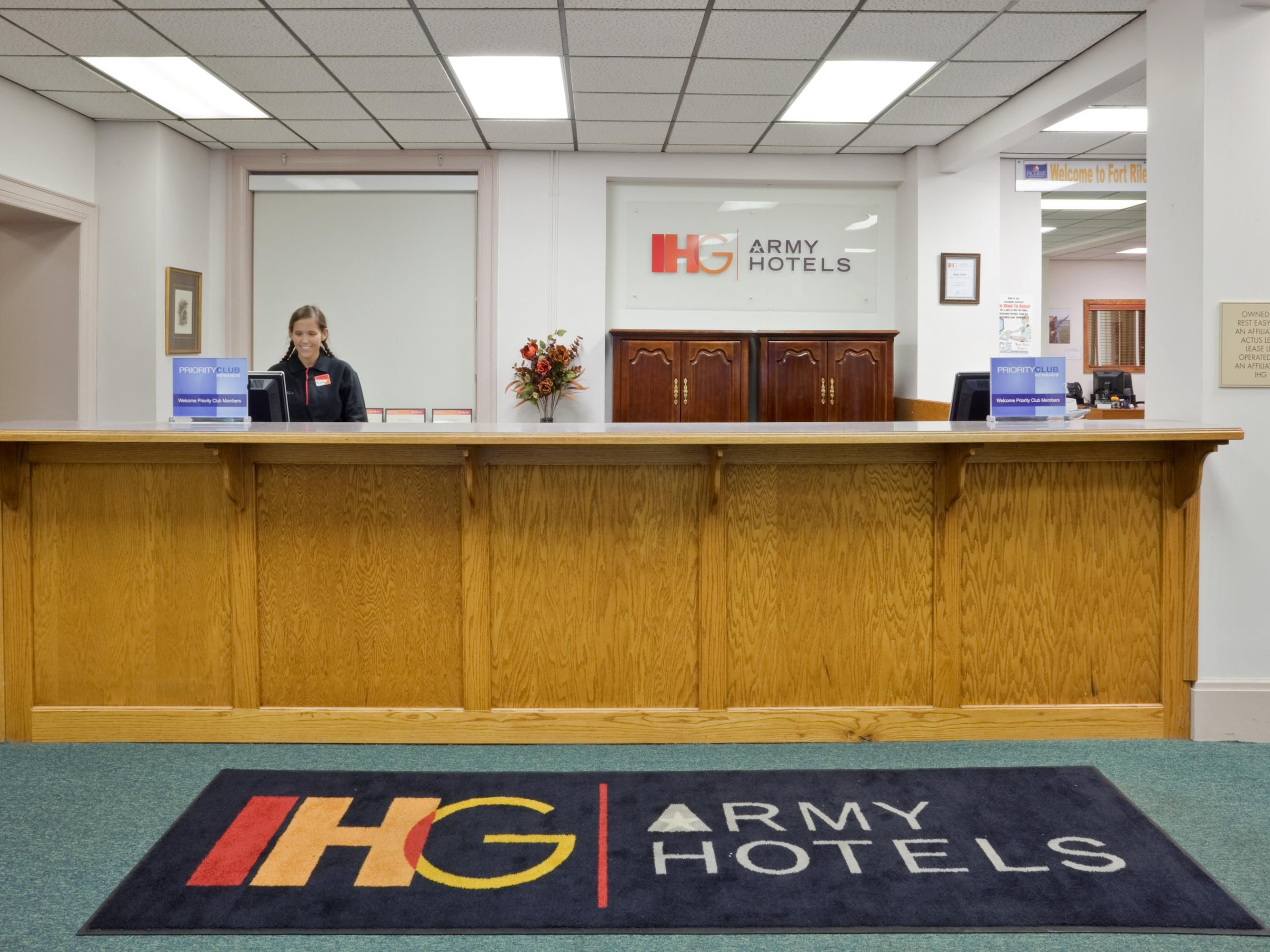 Awesome IHG Army Hotels Will Hall At Ft. Riley At Ft. Riley, Kansas