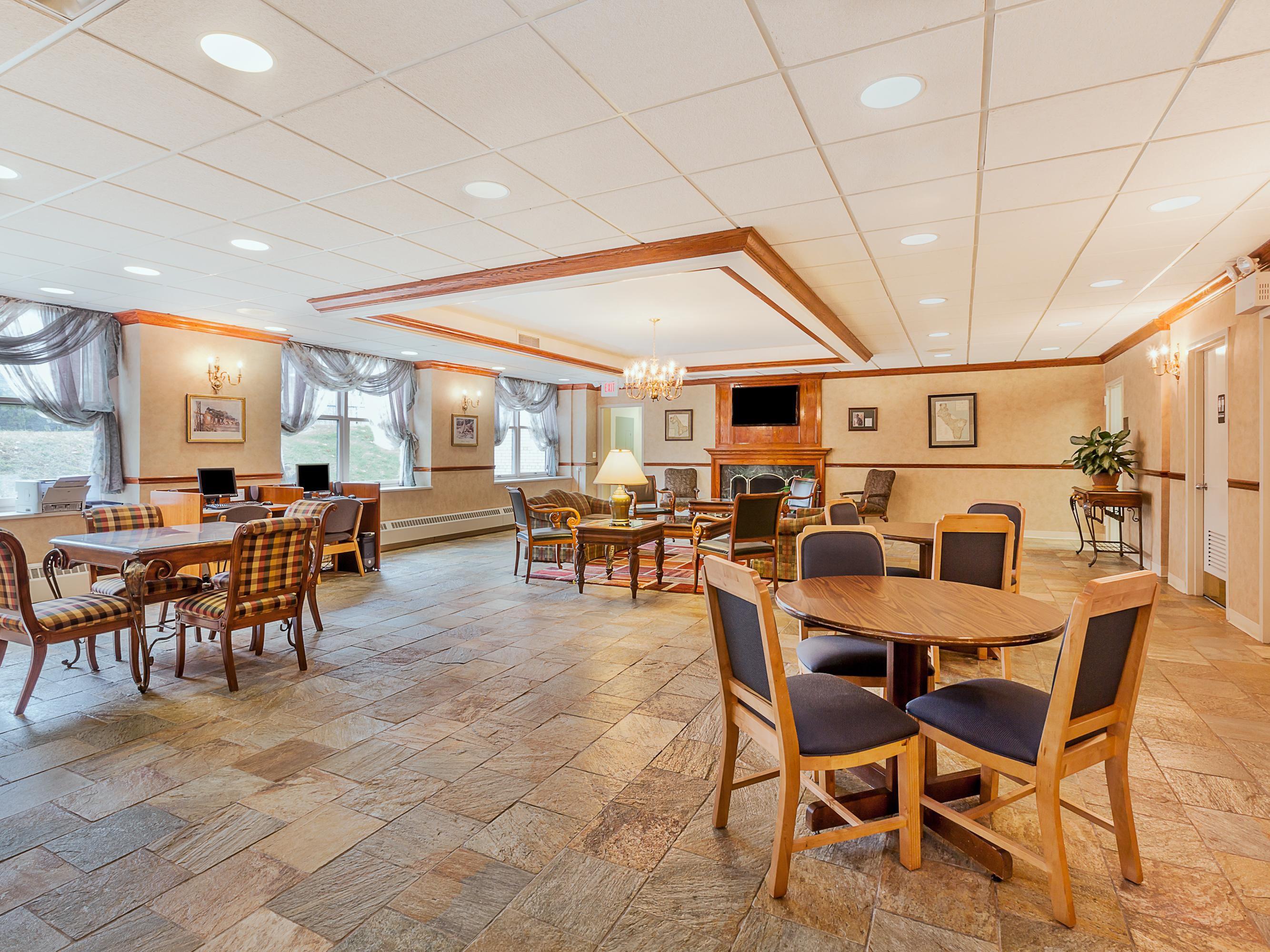 Hotel Lobby Of Bldg 2113