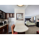 Studio Queen Suite